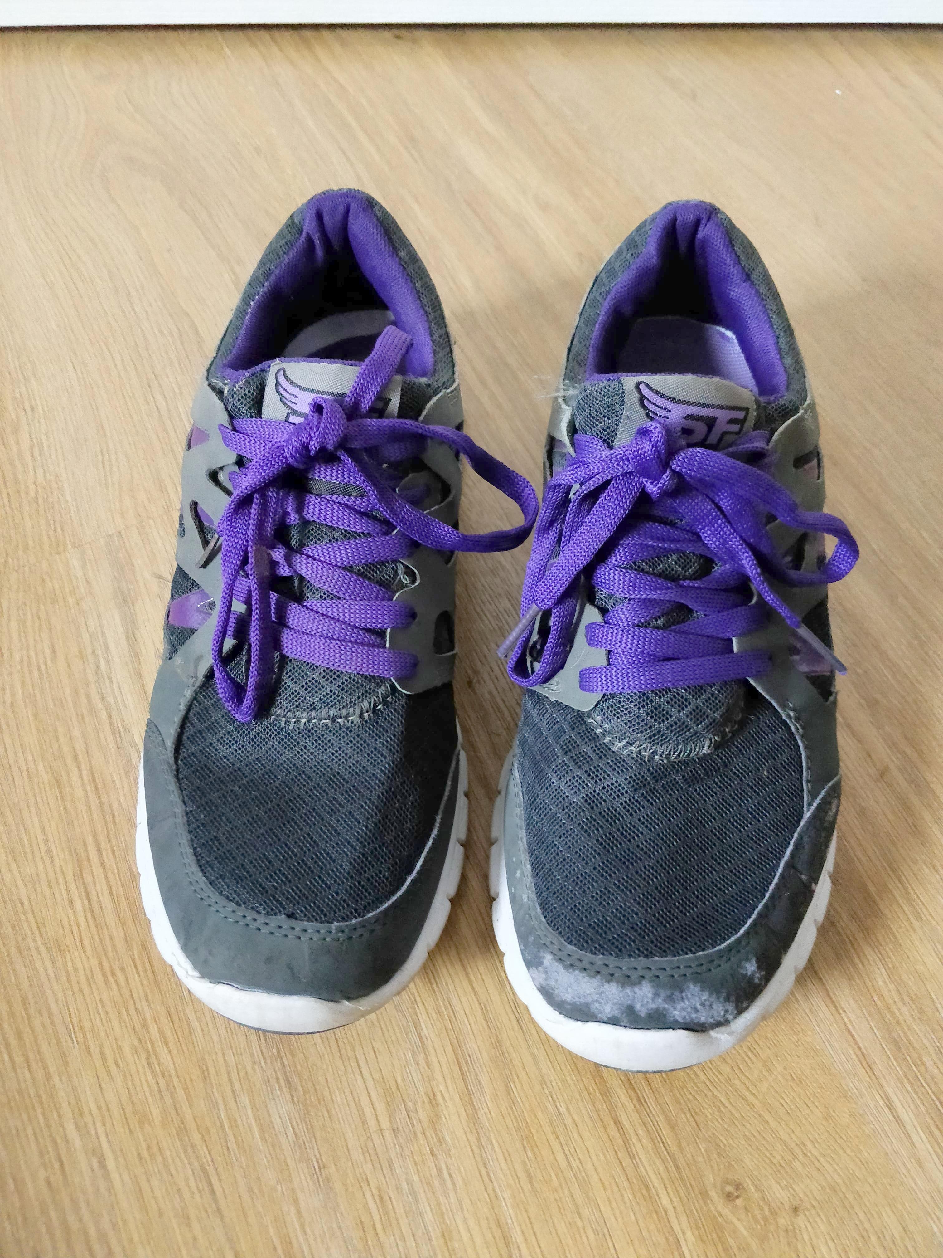troc de troc baskets noires et violettes image 0