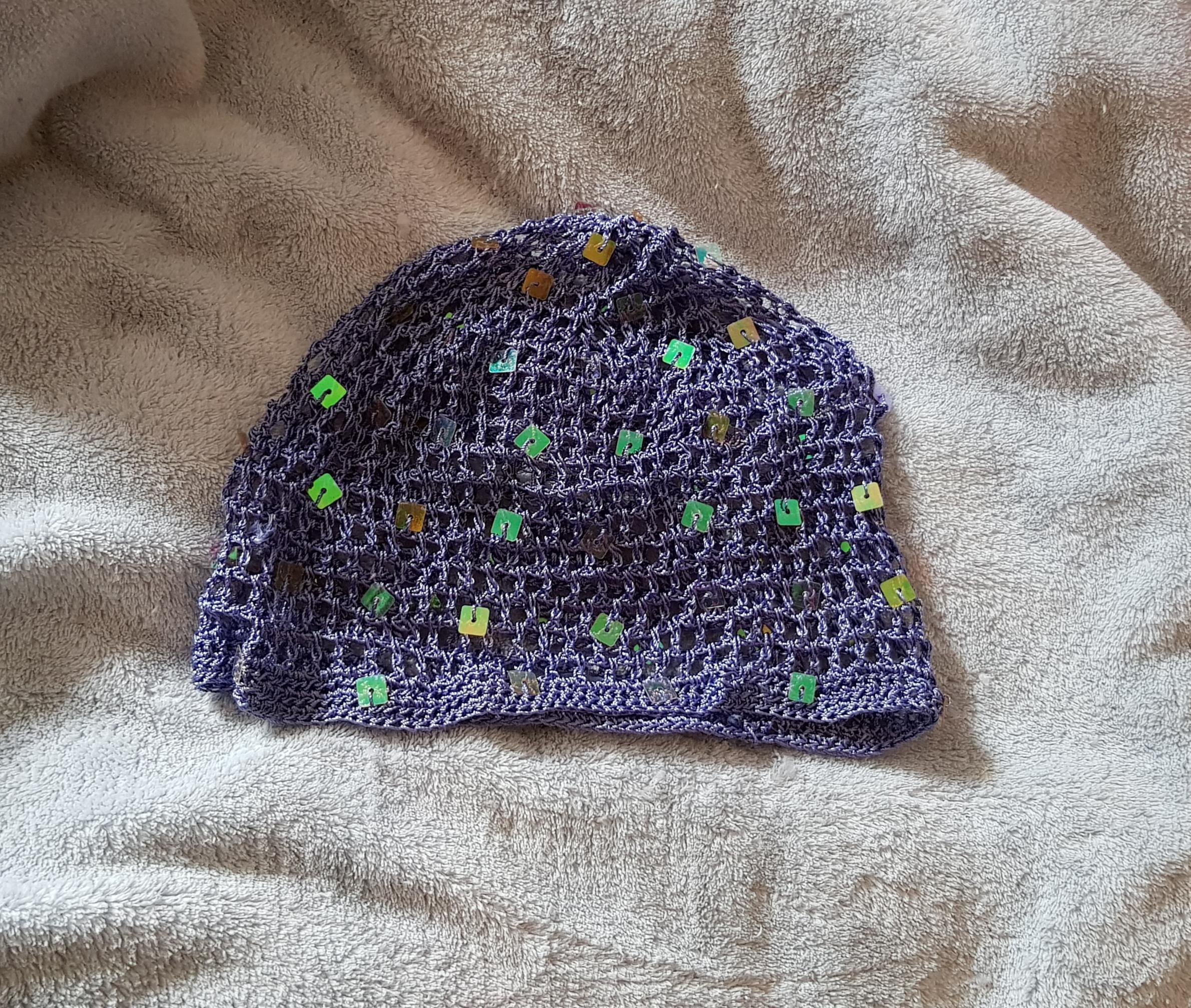 troc de troc sorte de bonnet au crochet ajouré image 0