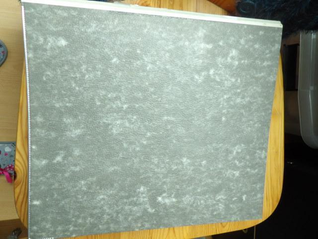 troc de troc gros classeur gris bon etat mais ecrit sur tranche image 0