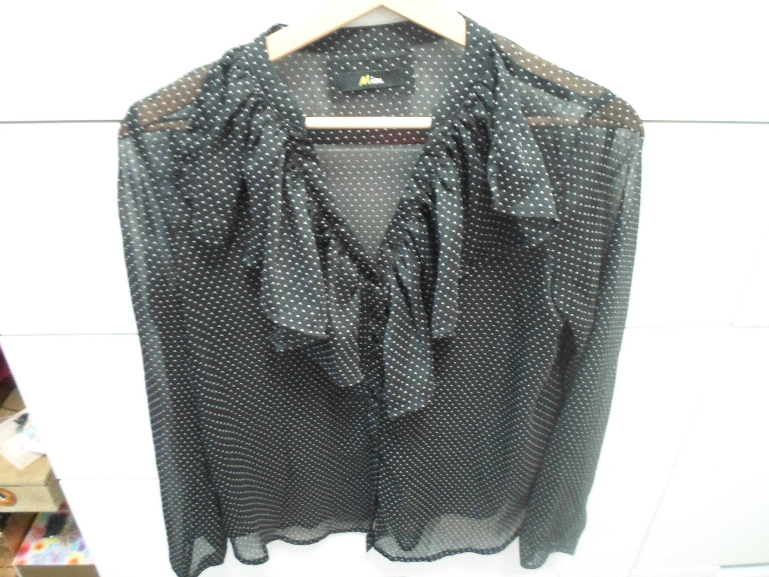 troc de troc chemise à volants noir à pois blancs image 0