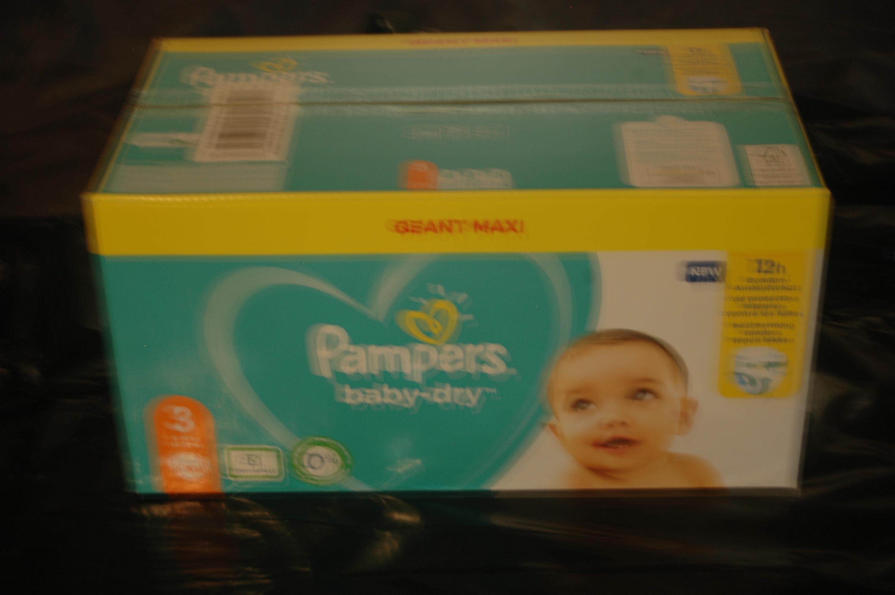 troc de troc carton de 2 paquets de couches pampers image 0