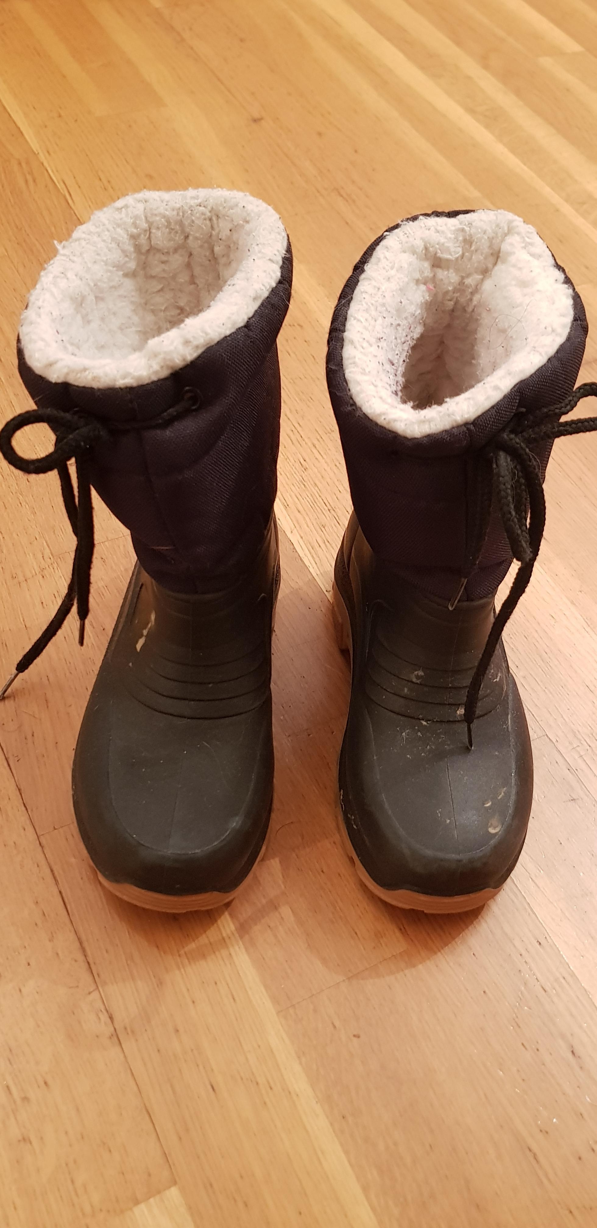troc de troc bottes de neige taille 31 image 0