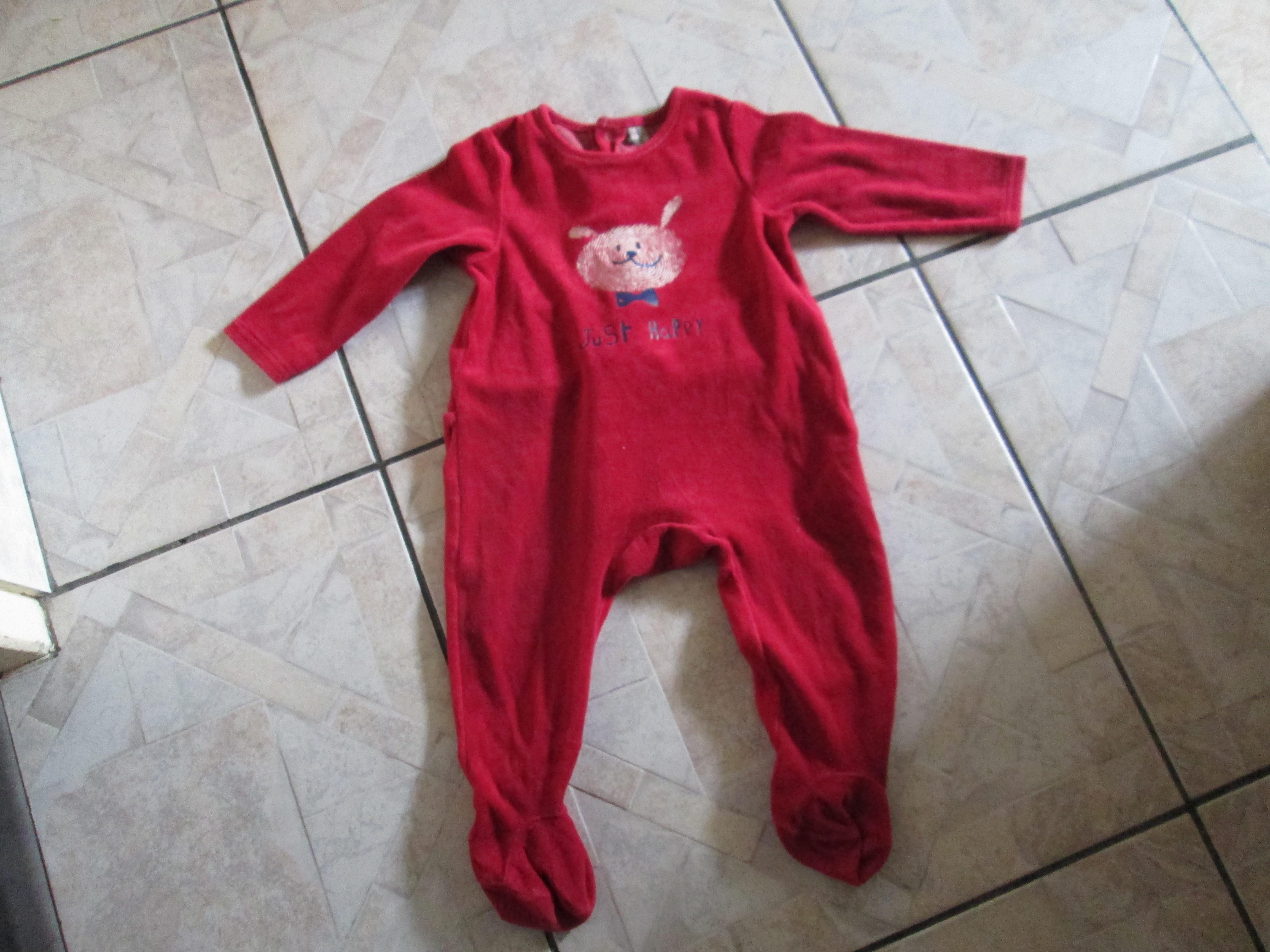 troc de troc pyjama rouge 18 mois   4 noisettes port compris image 0