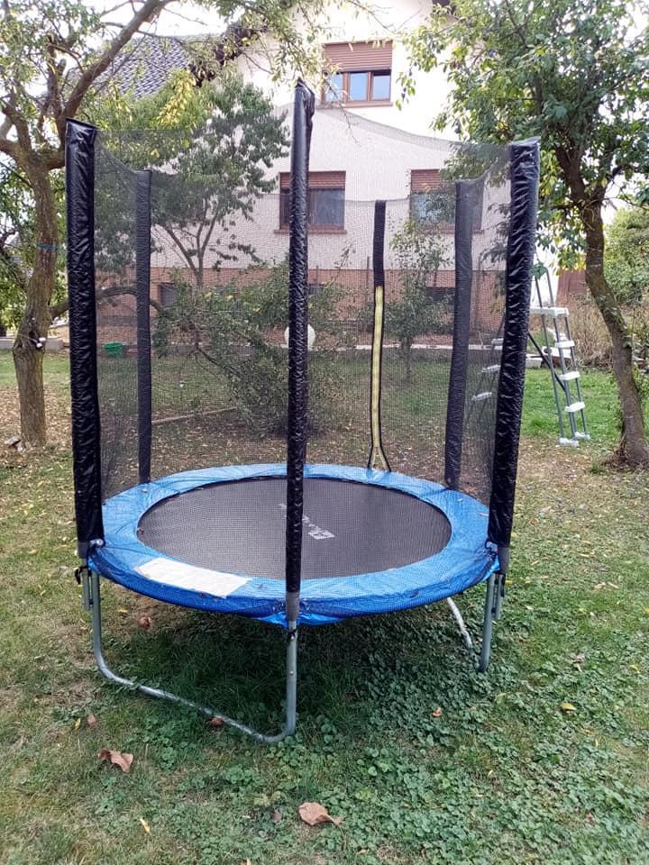troc de troc trampoline image 0