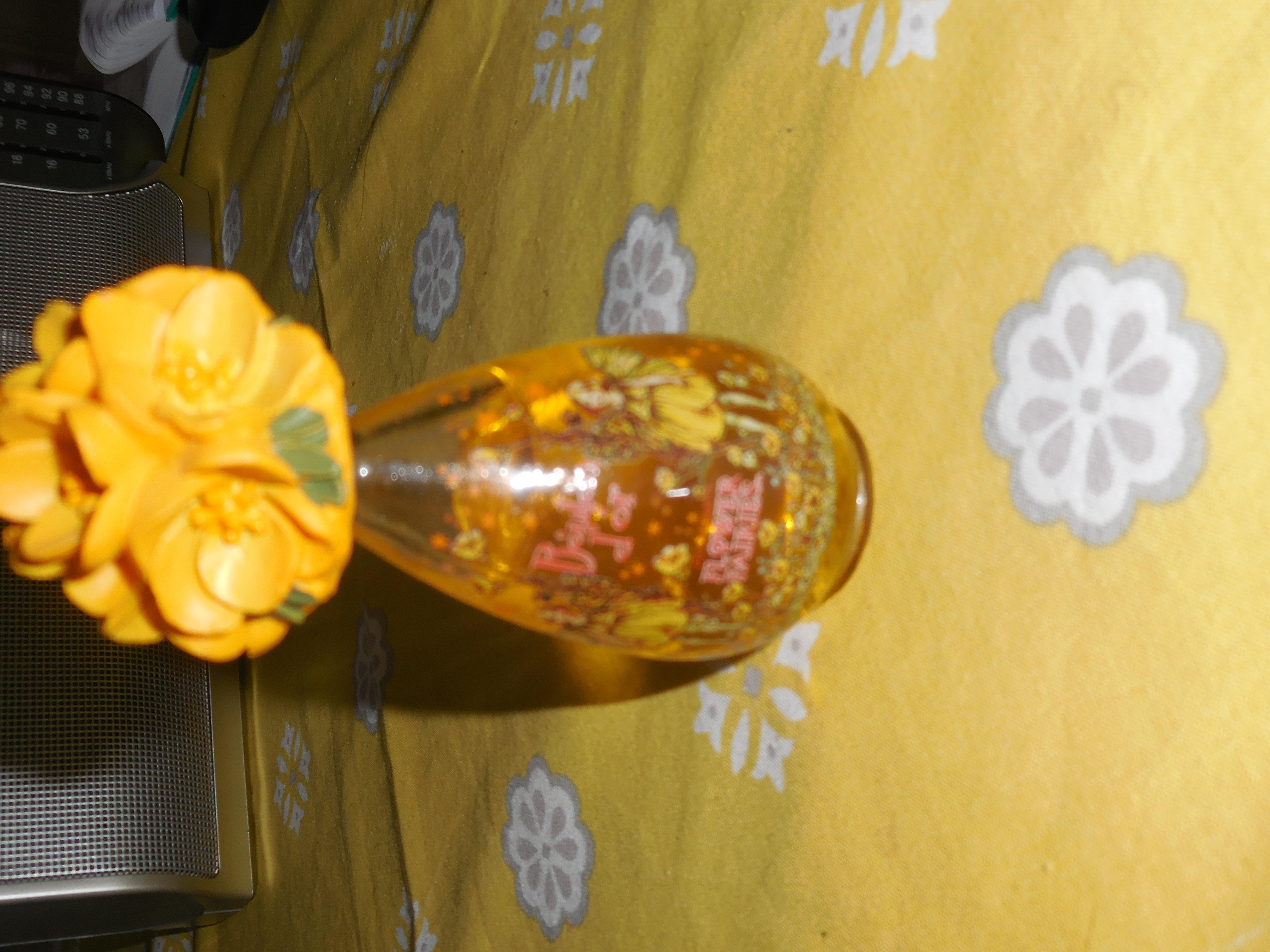 troc de troc flacon flower fairies bouton d'or reservé lilirose image 0
