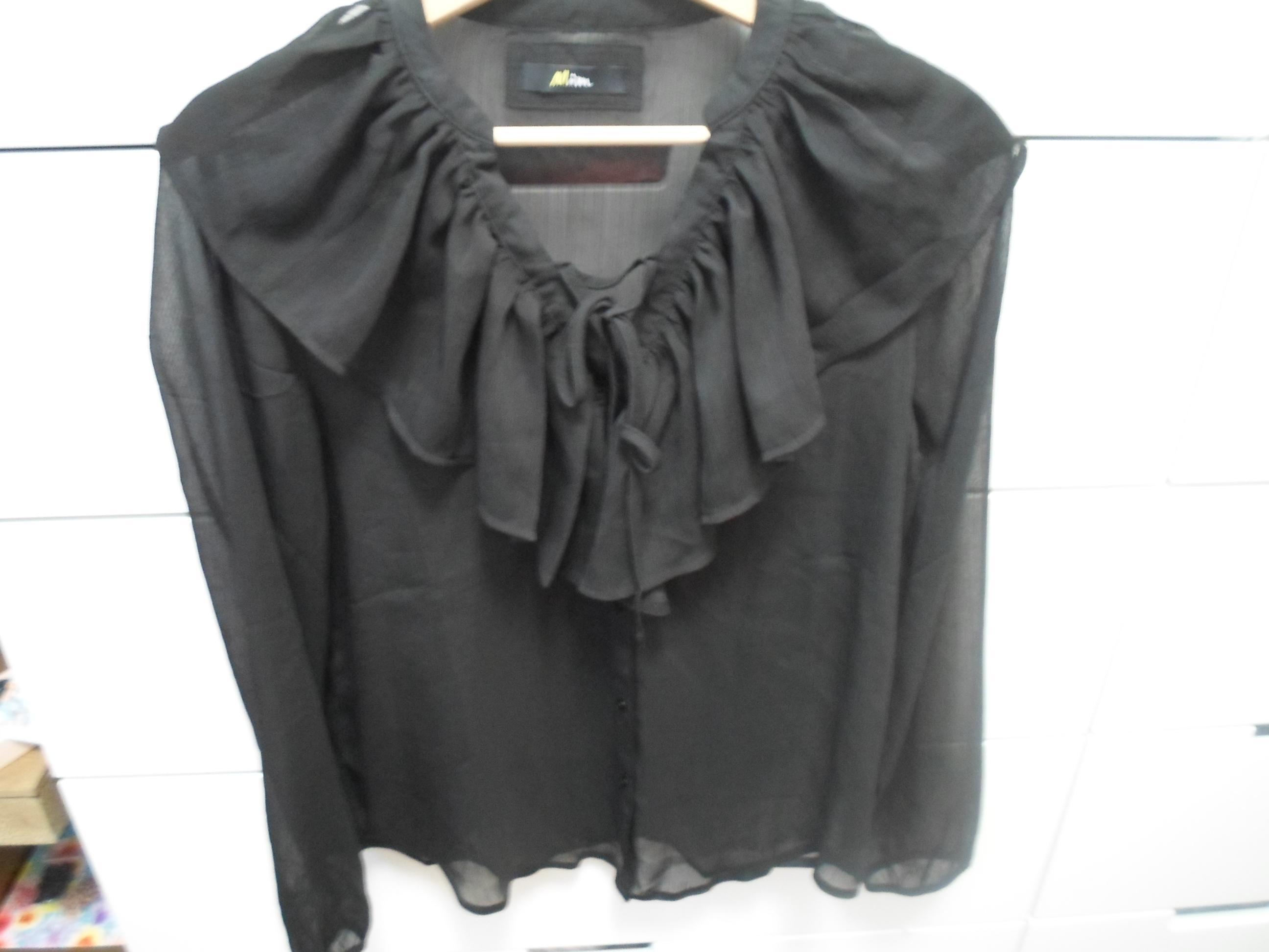 troc de troc chemise à volants noir image 0