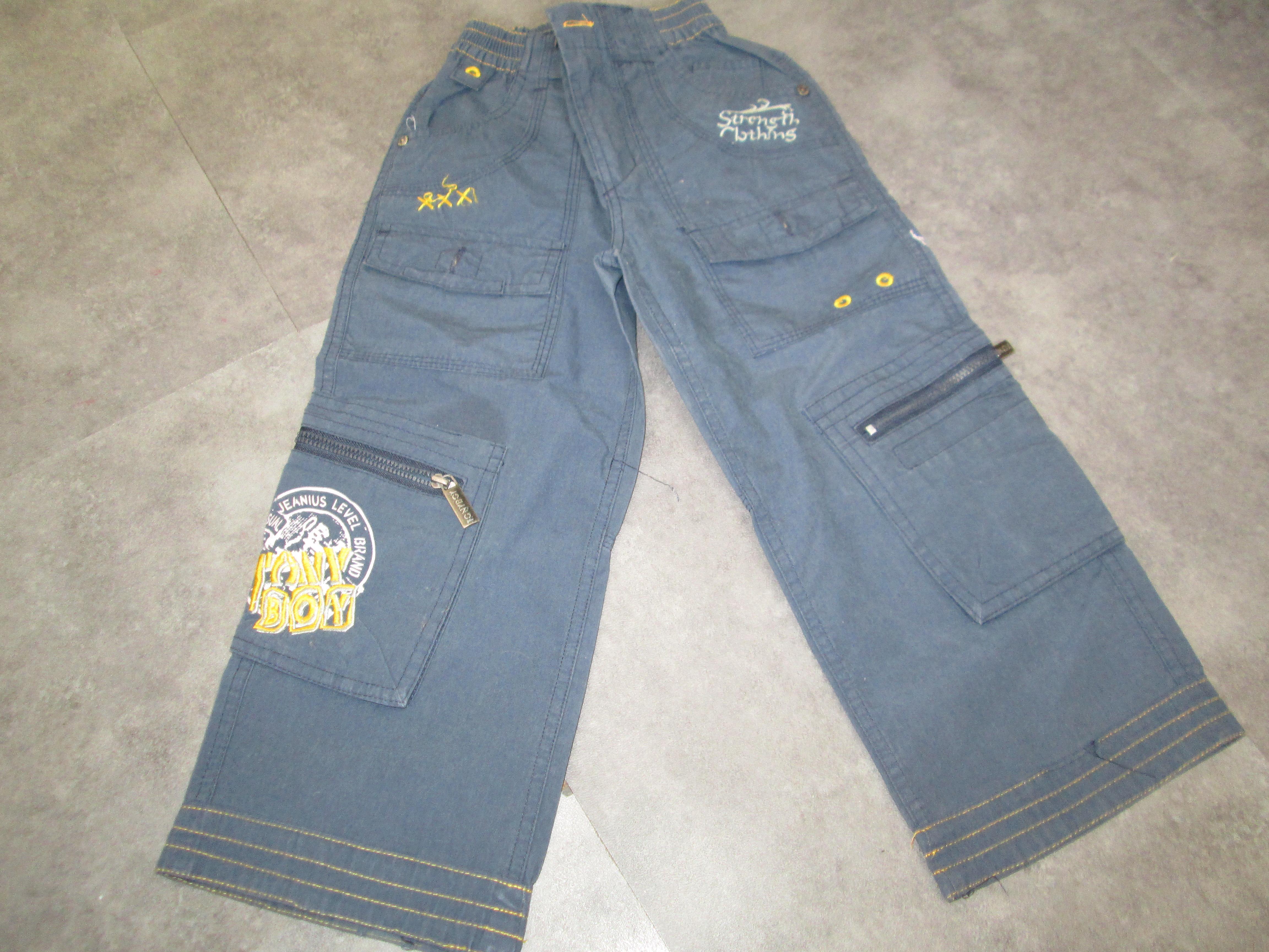 troc de troc pantalon bleu 4 ans 5 noisettes jamais porté image 0