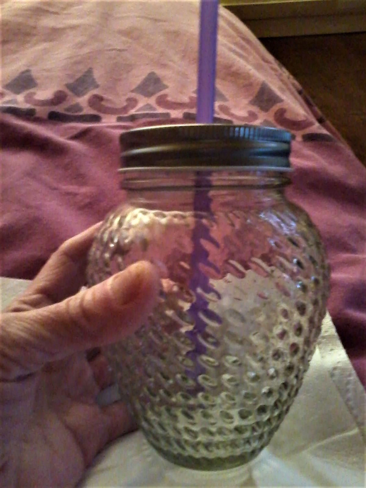 troc de troc pour leelas    donne avec multi trocs pot en verrre avec couvercle pour paille image 0