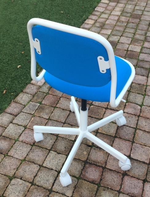 troc de troc chaise bureau enfant - très bon état image 1