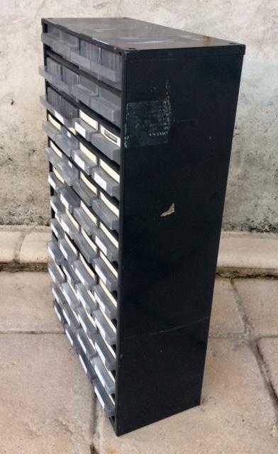 troc de troc boitiers rangement - caisson métallique 48 tiroirs image 1