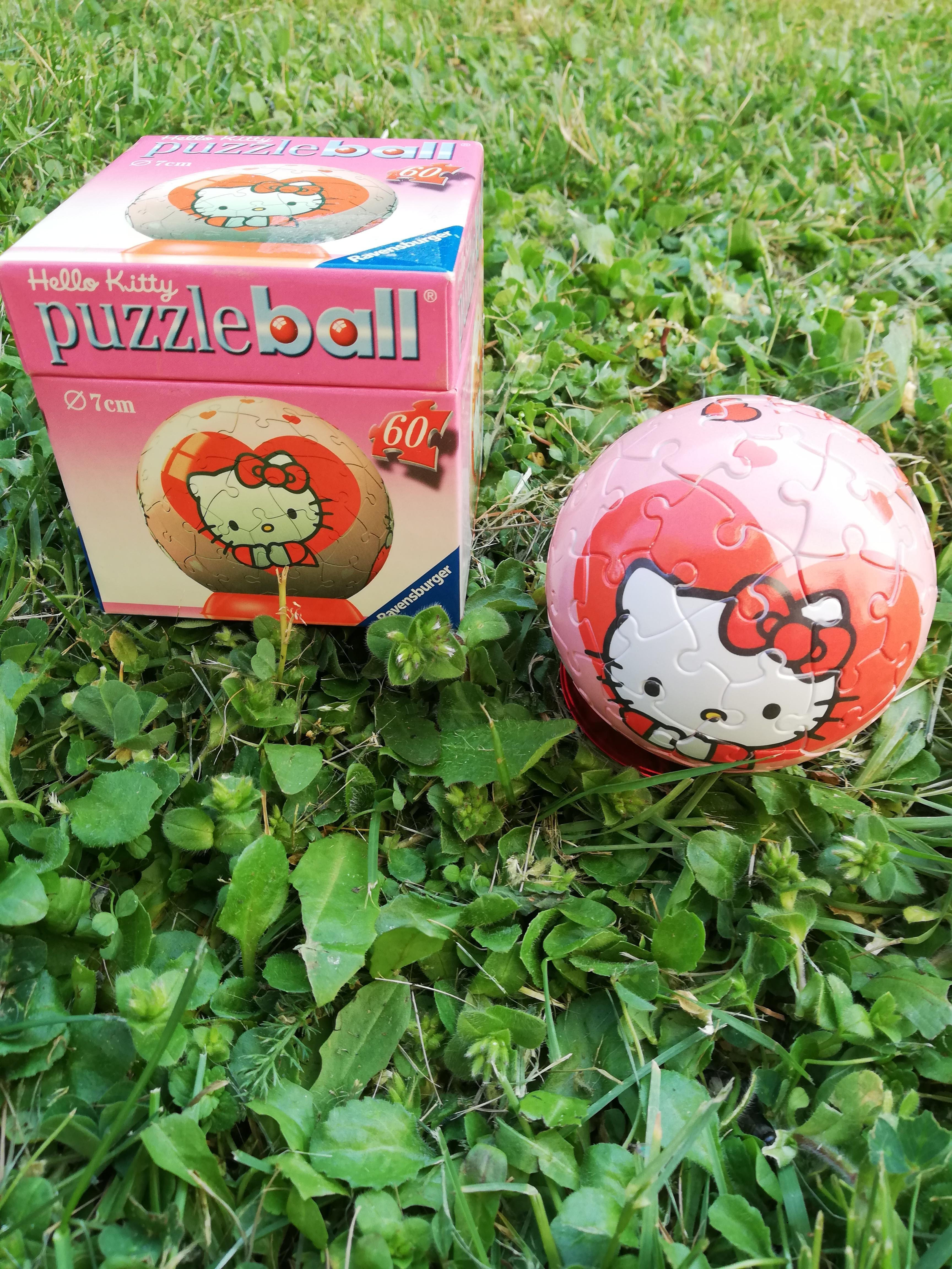 troc de troc puzzle ball hello kitty image 0
