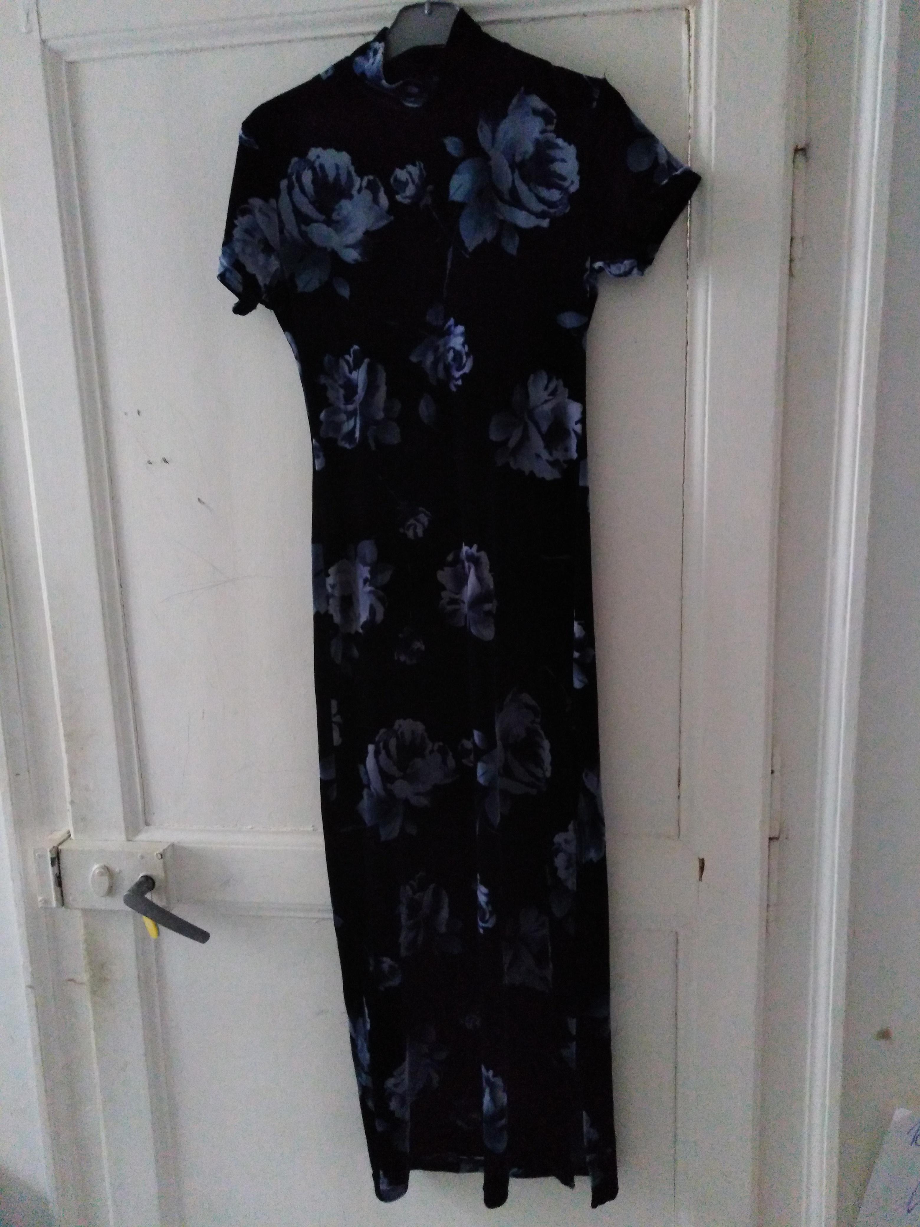 troc de troc très belle robe en velours neuf taille 38 image 0