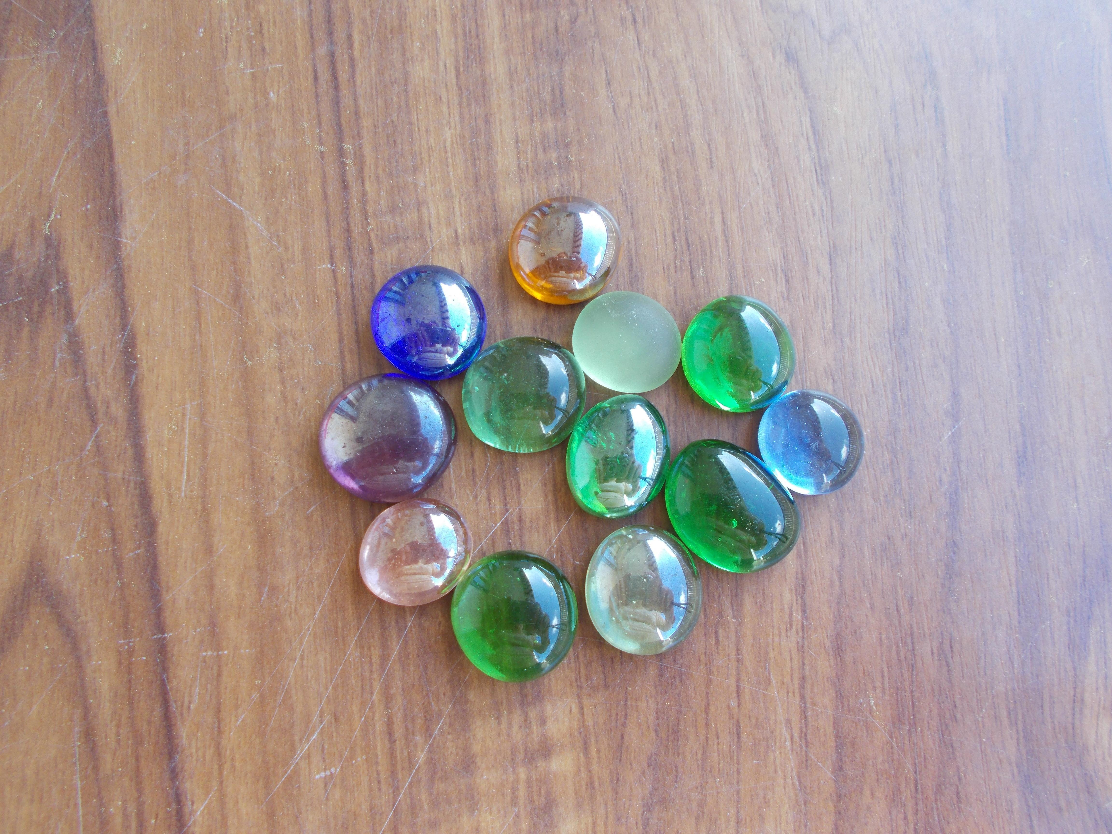 troc de troc petits galets colores image 0