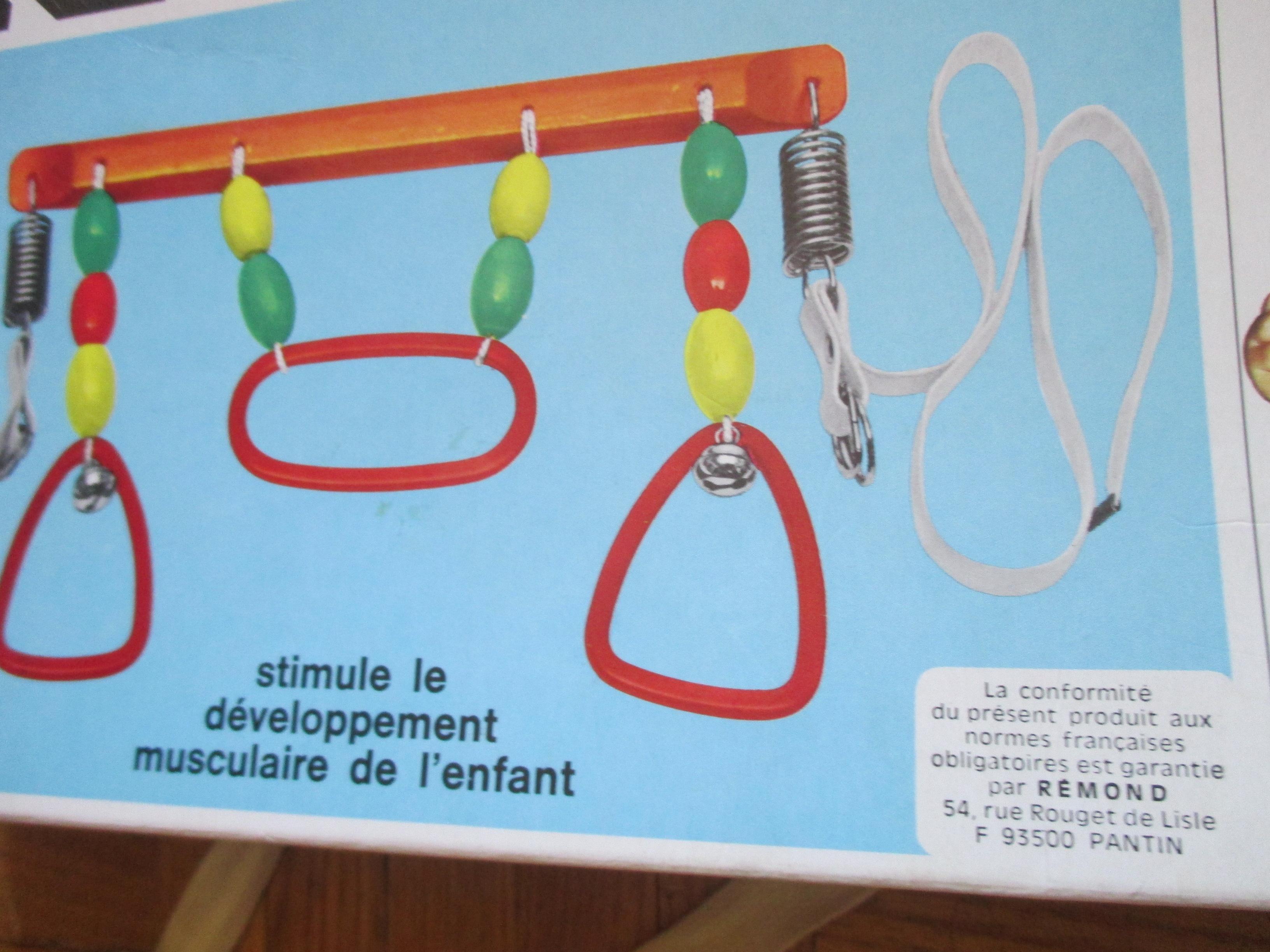 troc de troc a lyon - jeu d'eveil en bois & petits grelots  pour bébé image 1