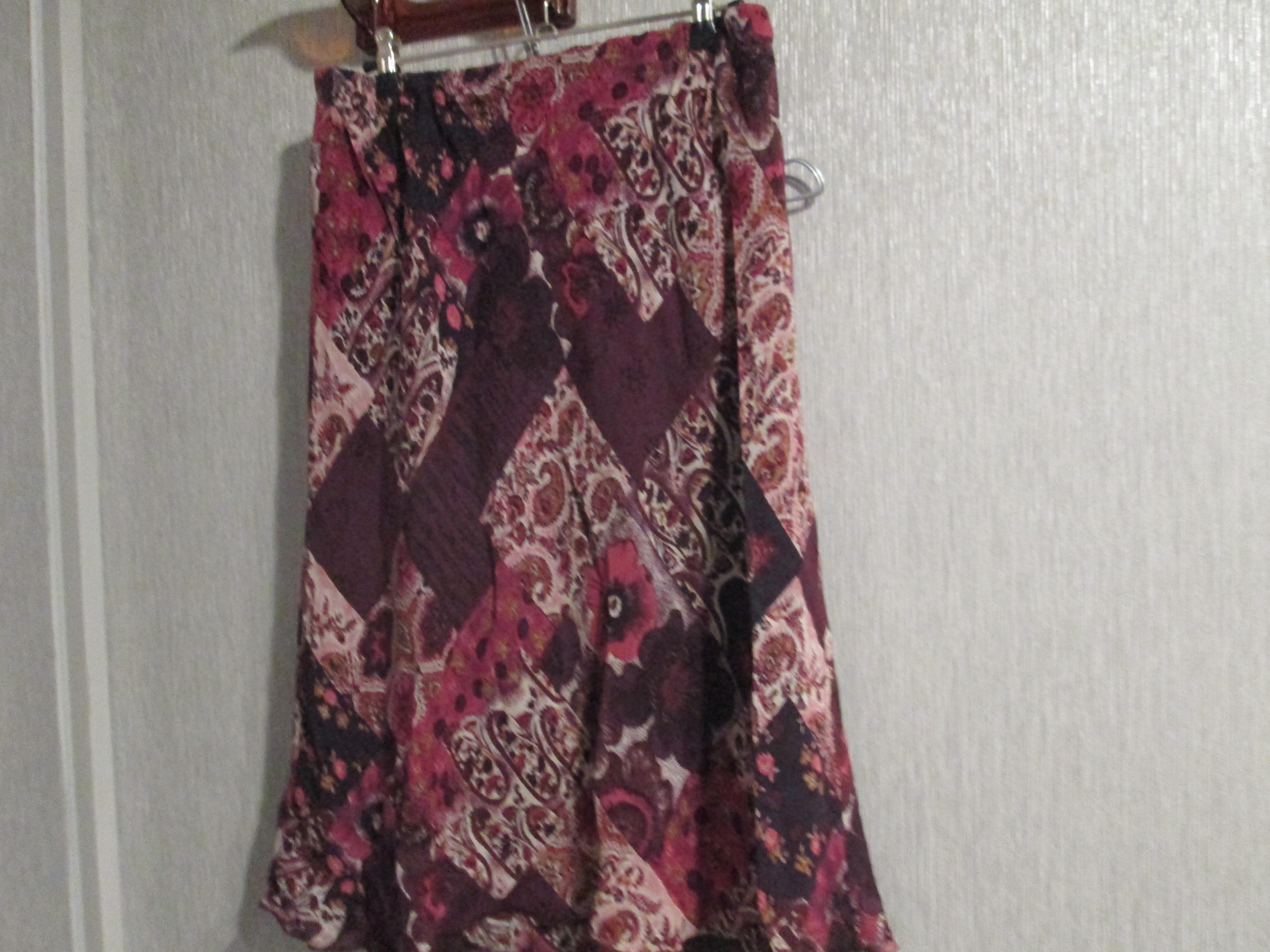 troc de troc jupe afibel taille 42/44   8 noisettes image 0