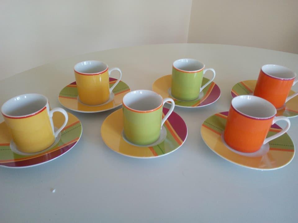 troc de troc 6 tasses à café et sous tasses colorées neuves image 0