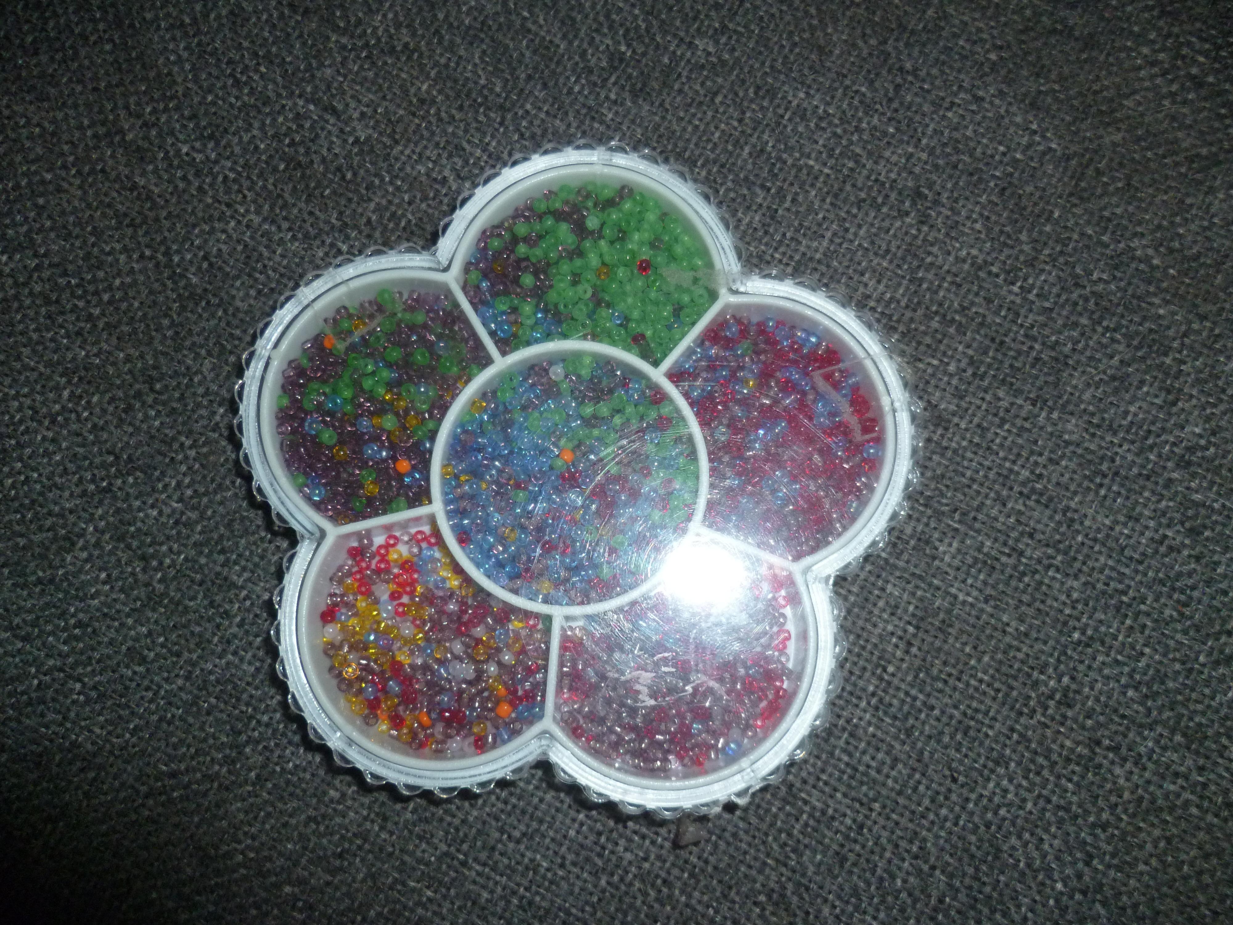 troc de troc boite perles de rocaille image 0
