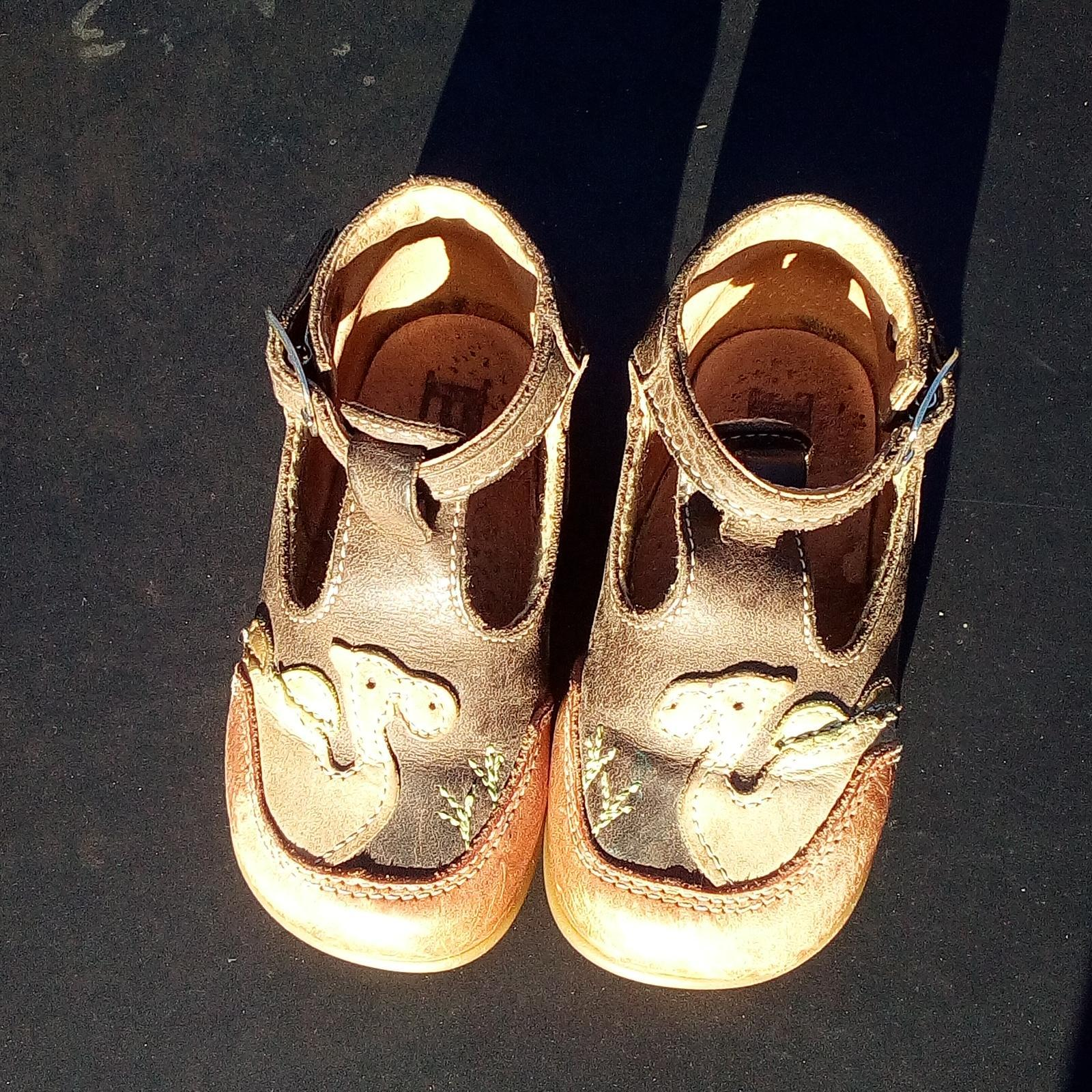 troc de troc chaussures 19 image 0