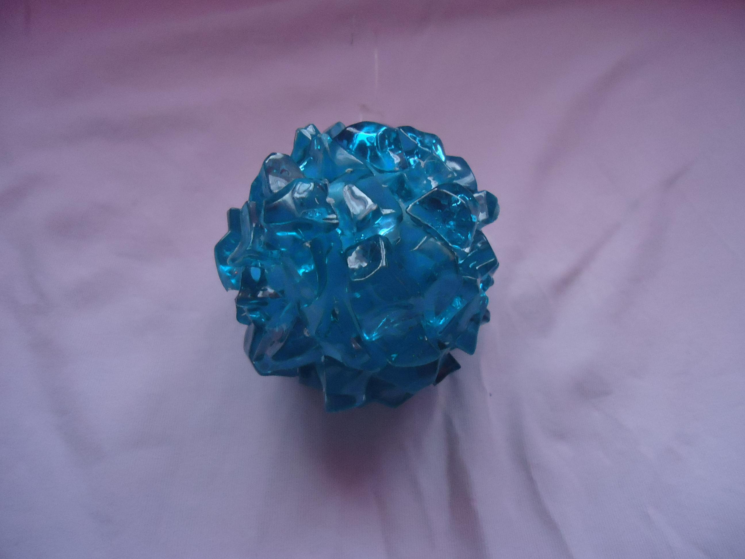 troc de troc boule de noël ou autre bleu image 0