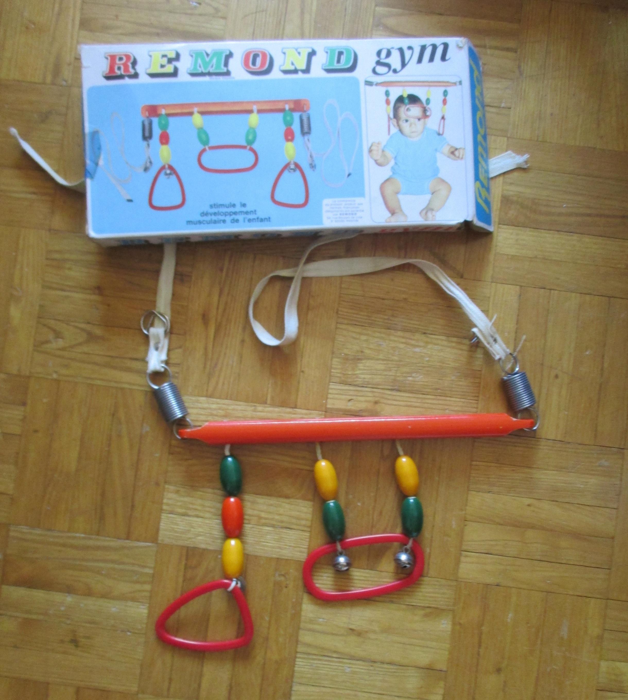troc de troc a lyon - jeu d'eveil en bois & petits grelots  pour bébé image 2