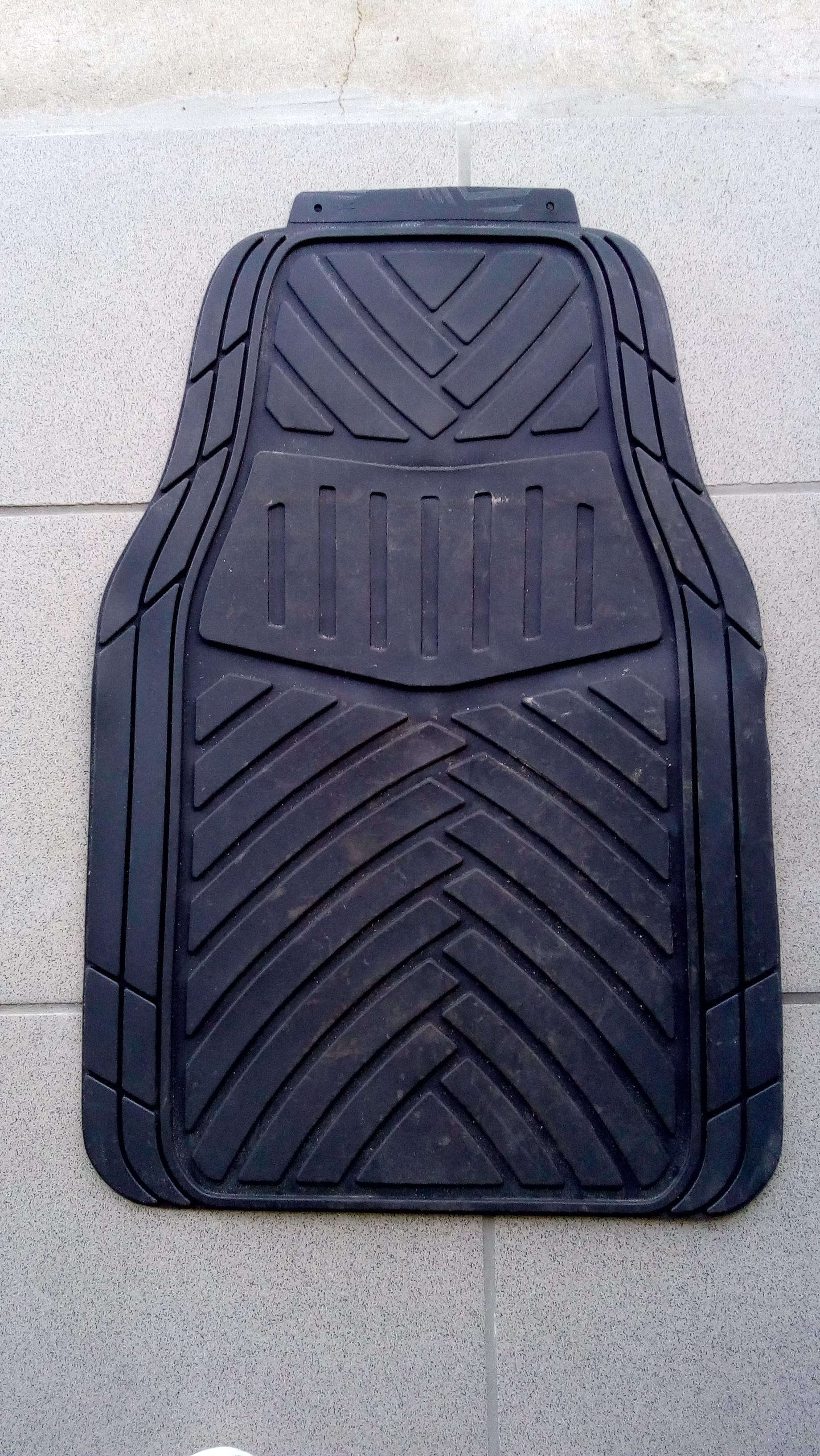 troc de troc tapis de voiture av et ar image 0