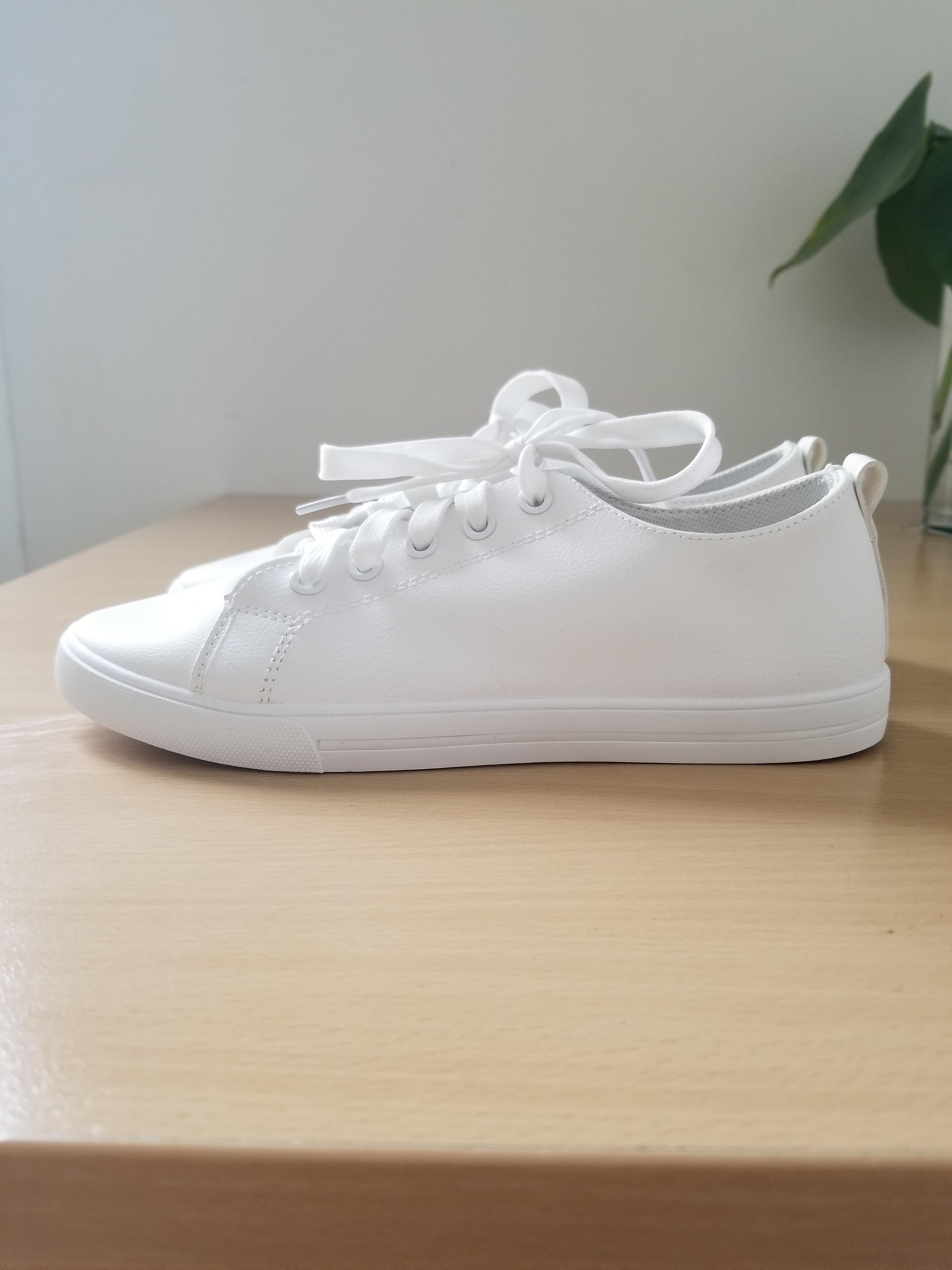 troc de troc baskets blanches pour femmes image 0