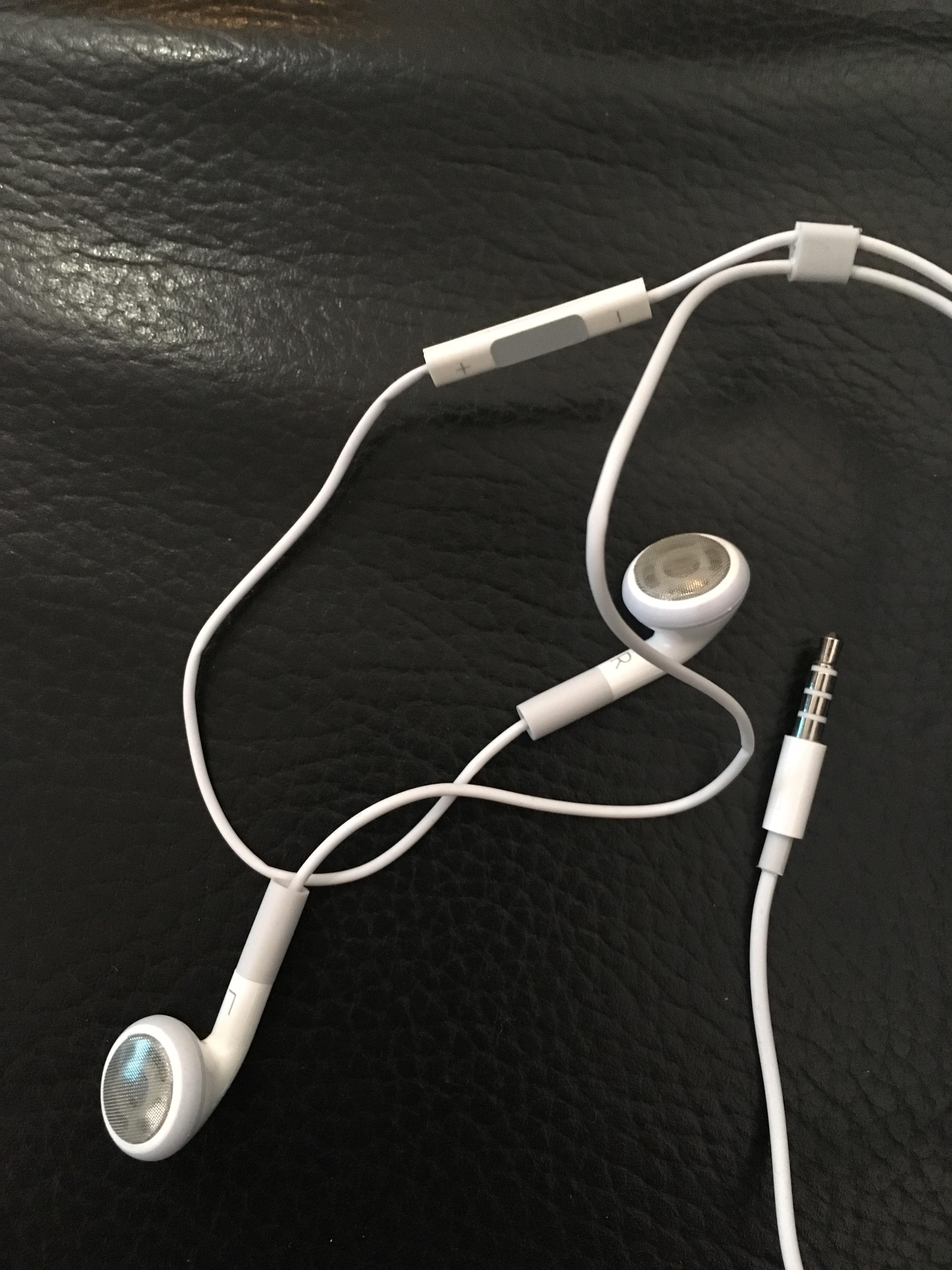 troc de troc ecouteurs iphone image 1