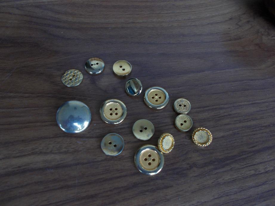 troc de troc boutons dores image 0