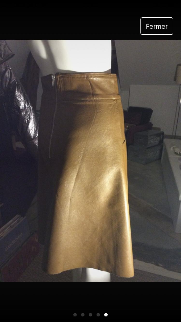 troc de troc jupe droite camel imitation cuir image 1