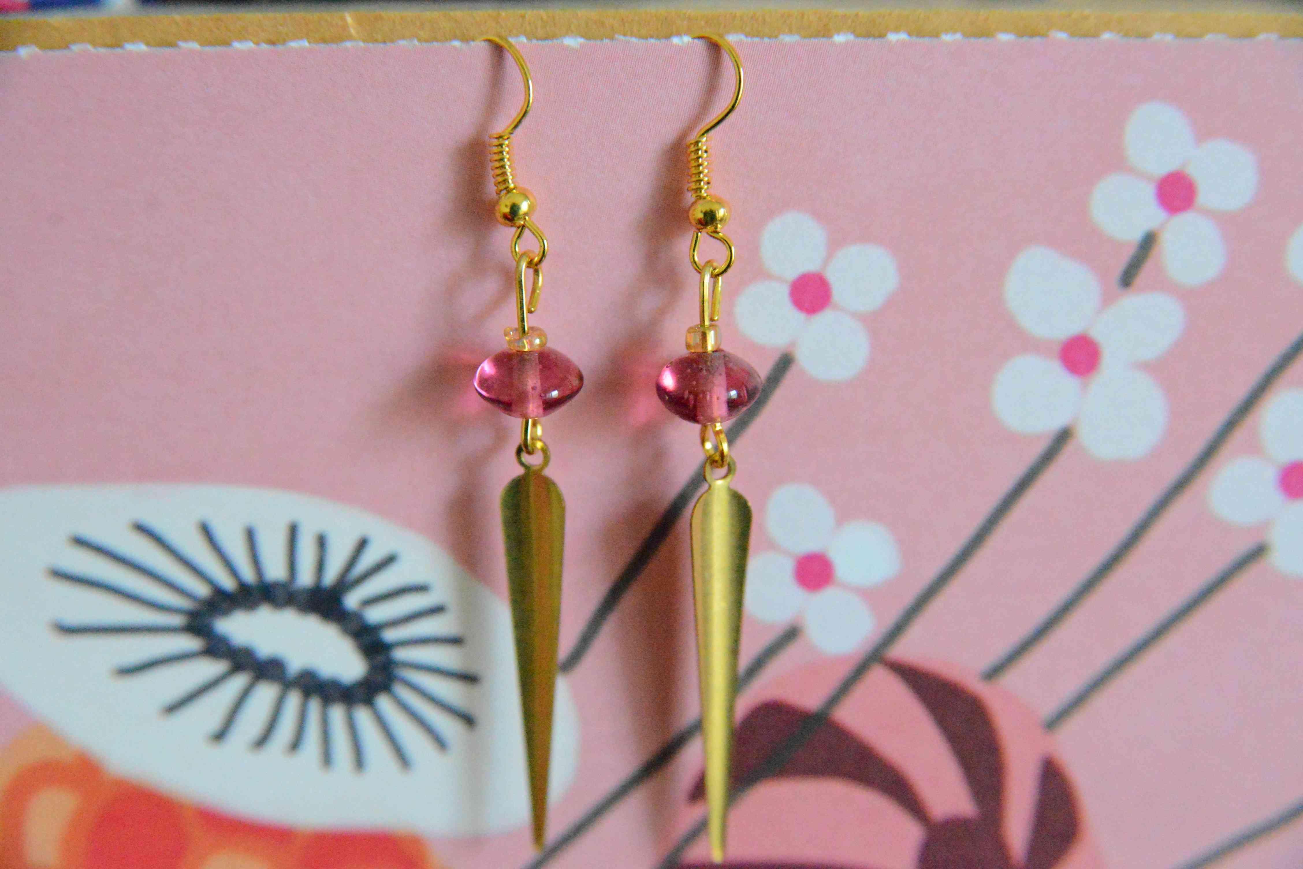 troc de troc boucles d'oreilles  roses et dorées réservées image 0