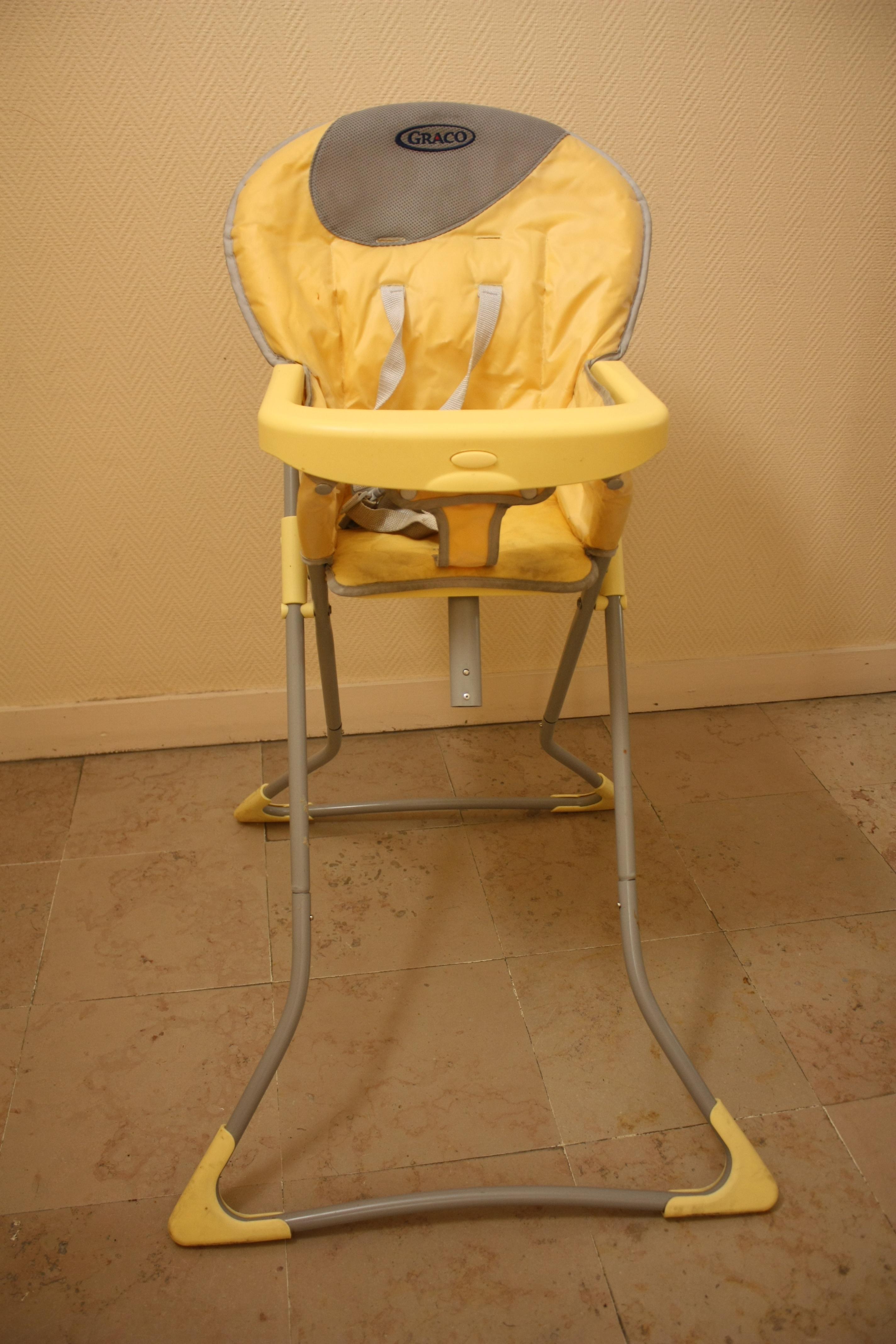 troc de troc chaise haute pliable bébé image 0