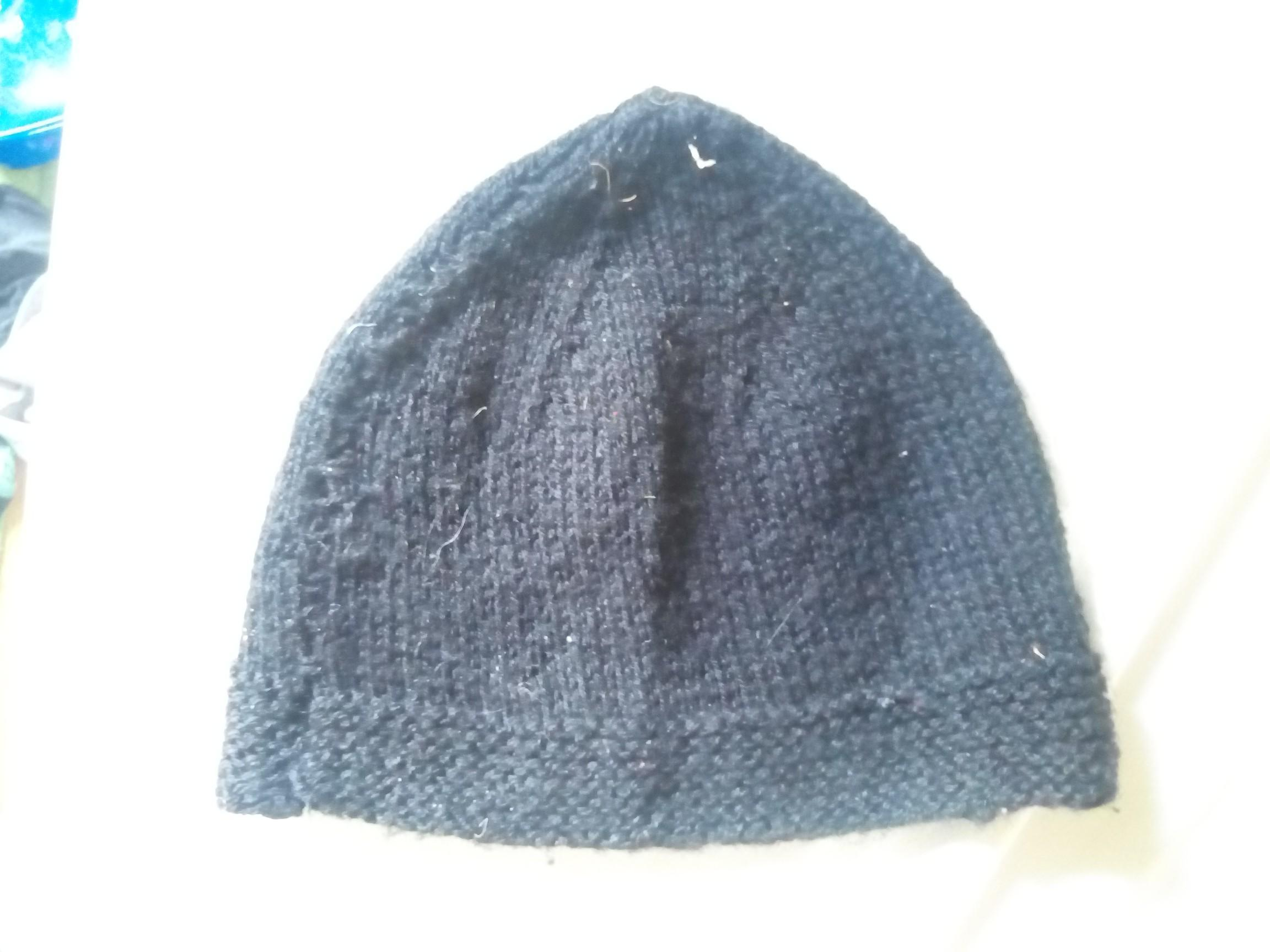 troc de troc bonnet tricoté main image 0