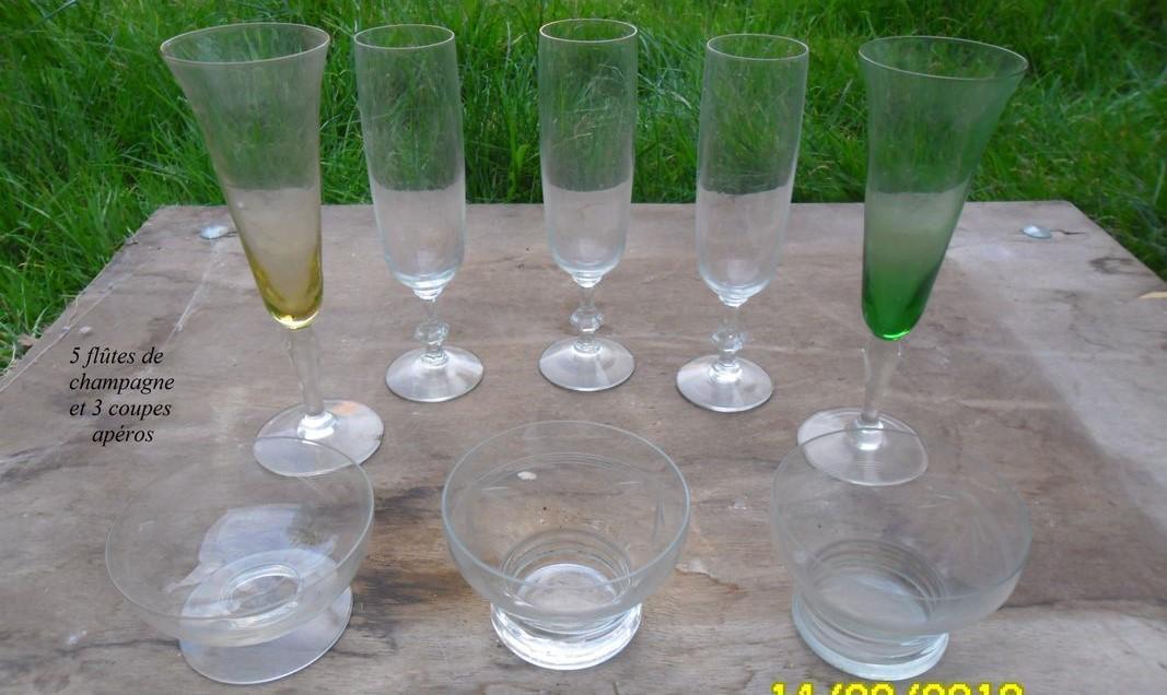 troc de troc diverses paires de verre: champagne,vin, ricard... image 2