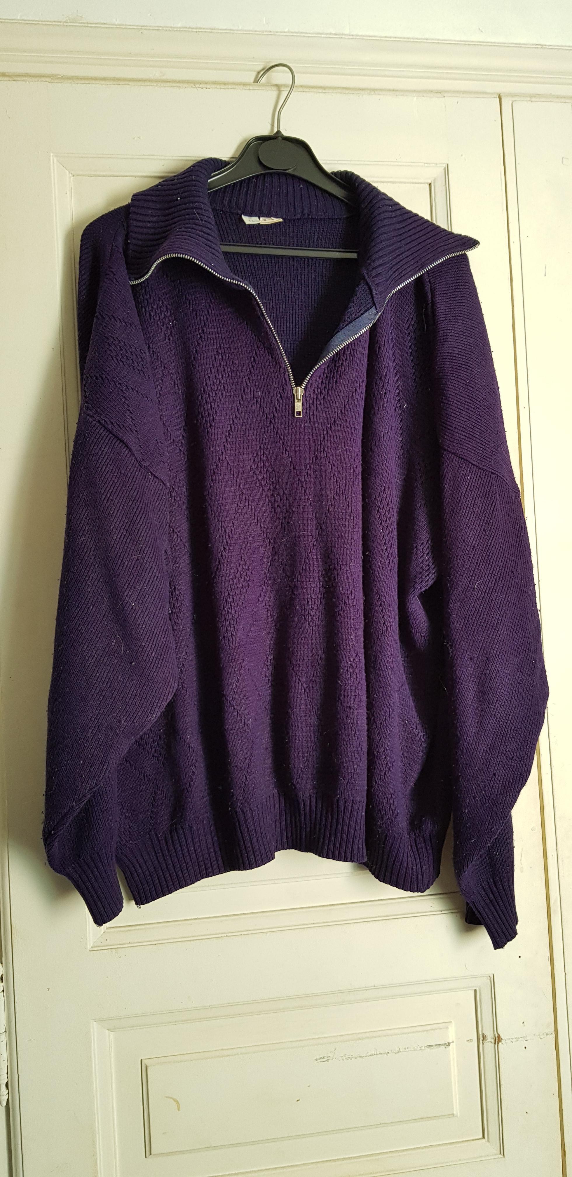 troc de troc pull violet bleu foncé image 0