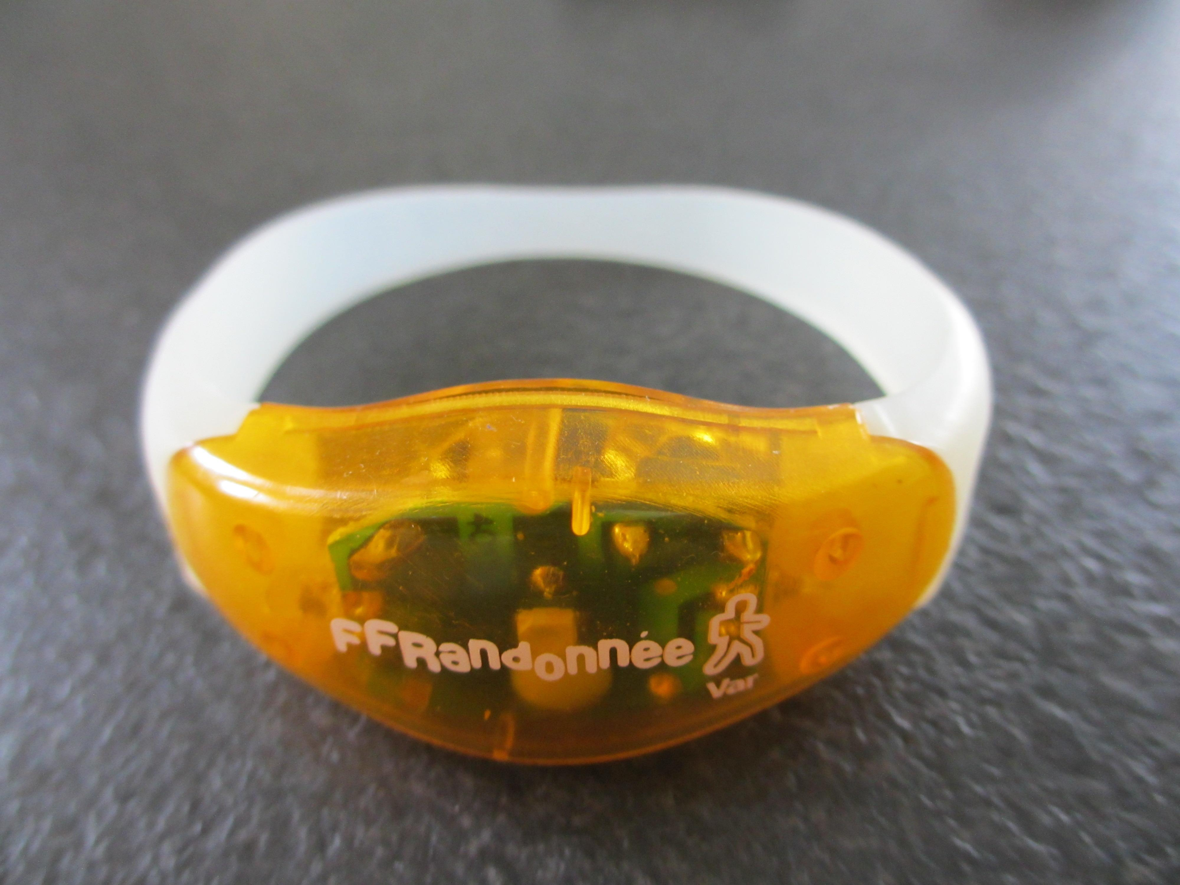 troc de troc bracelet lumineux image 0
