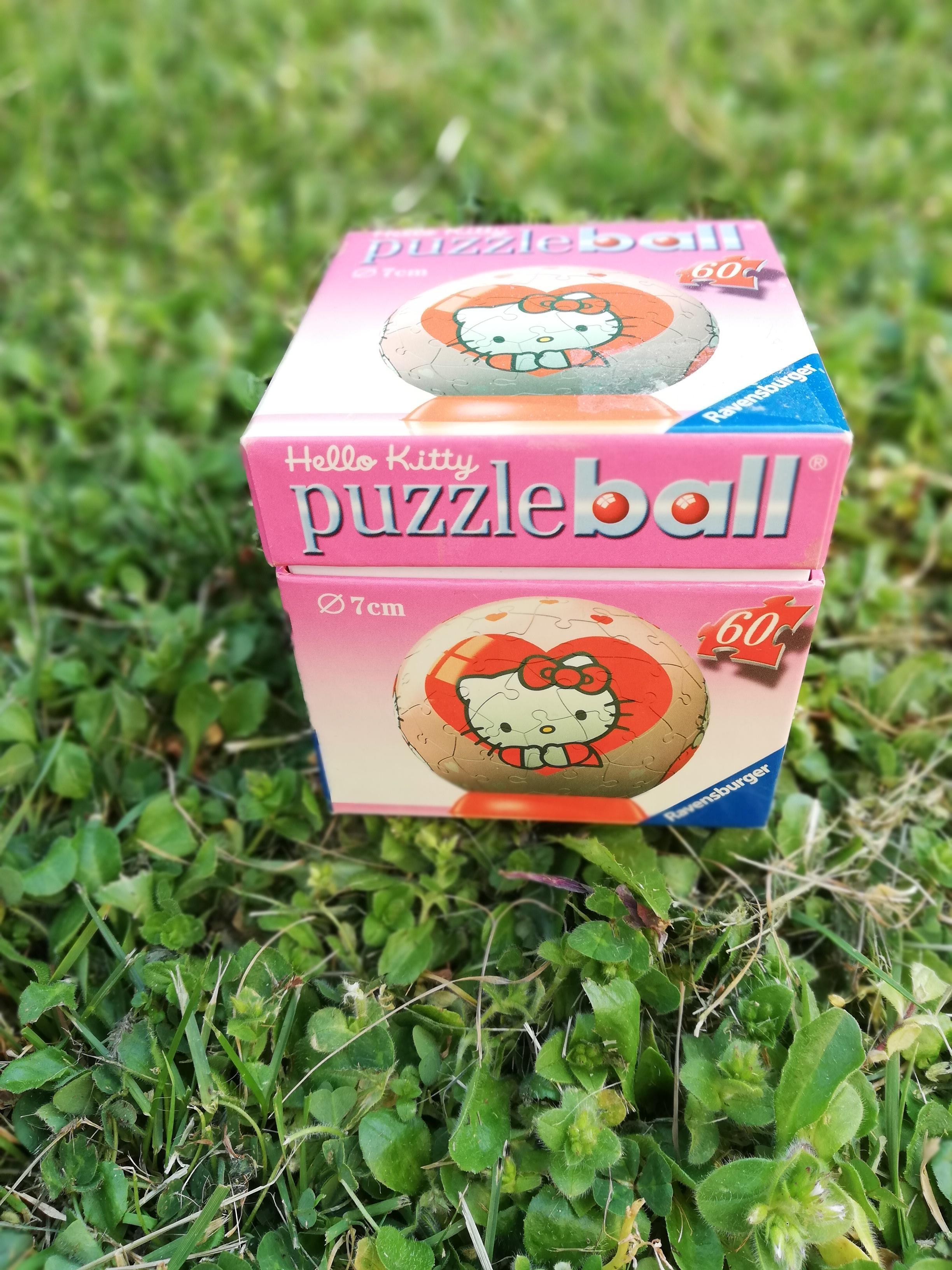 troc de troc puzzle ball hello kitty image 1
