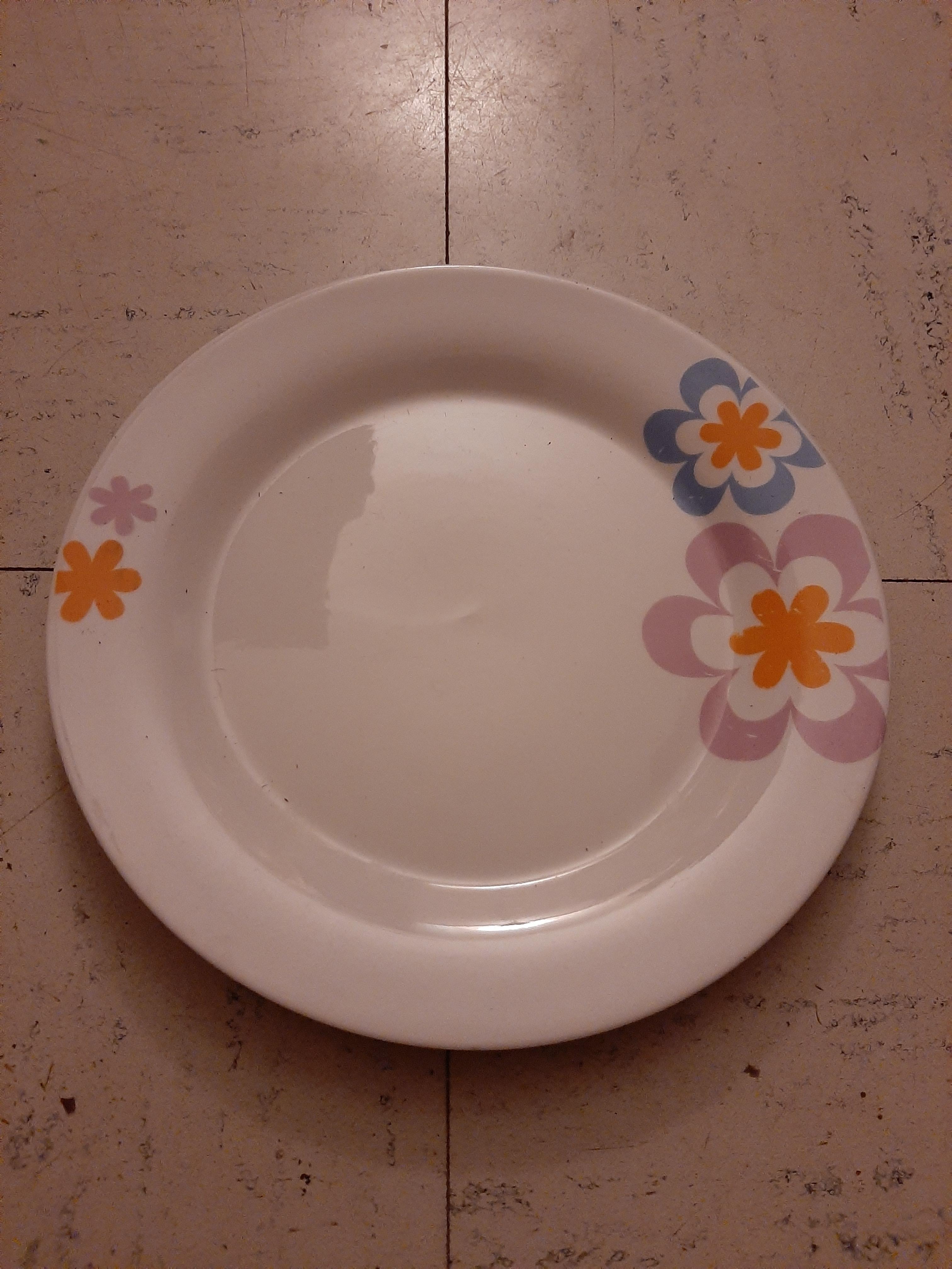 troc de troc assiette ronde image 0