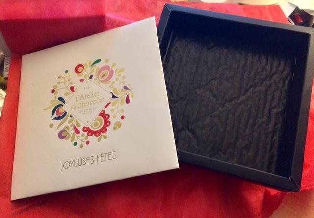 troc de troc boite design 17x17x4 cm - ex boite de chocolats image 0