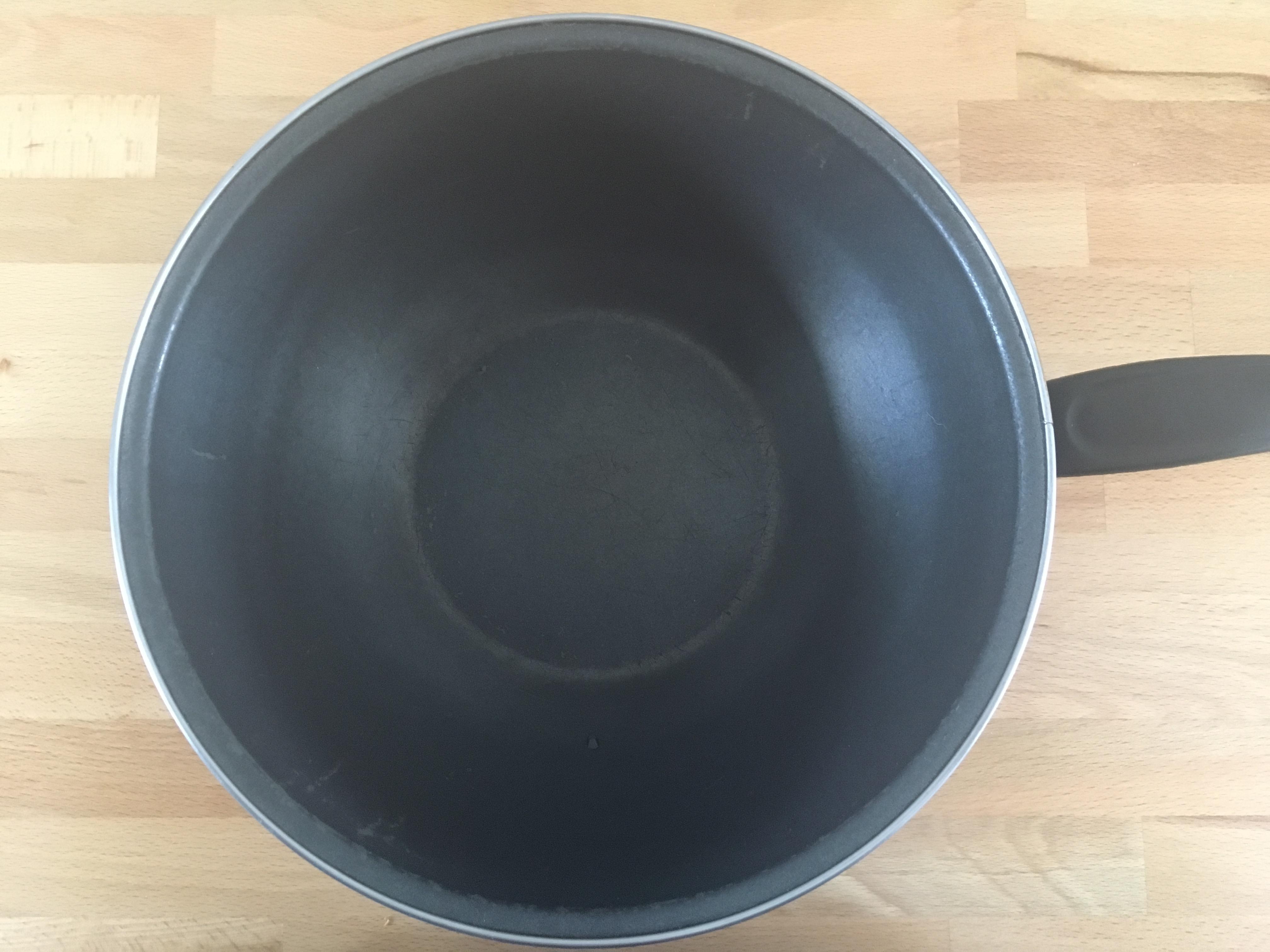 troc de troc wok revêtement teflon image 1