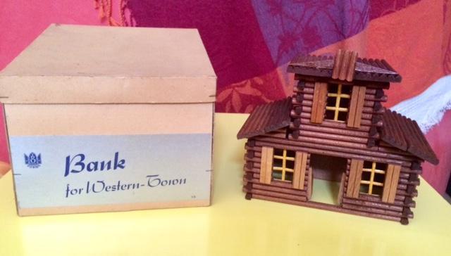 troc de troc vintage: jouet bois village farwest image 0