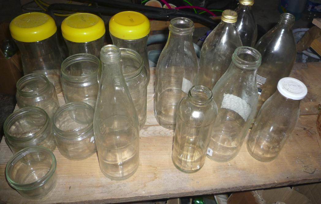 troc de troc pot et bouteilles en verre image 0