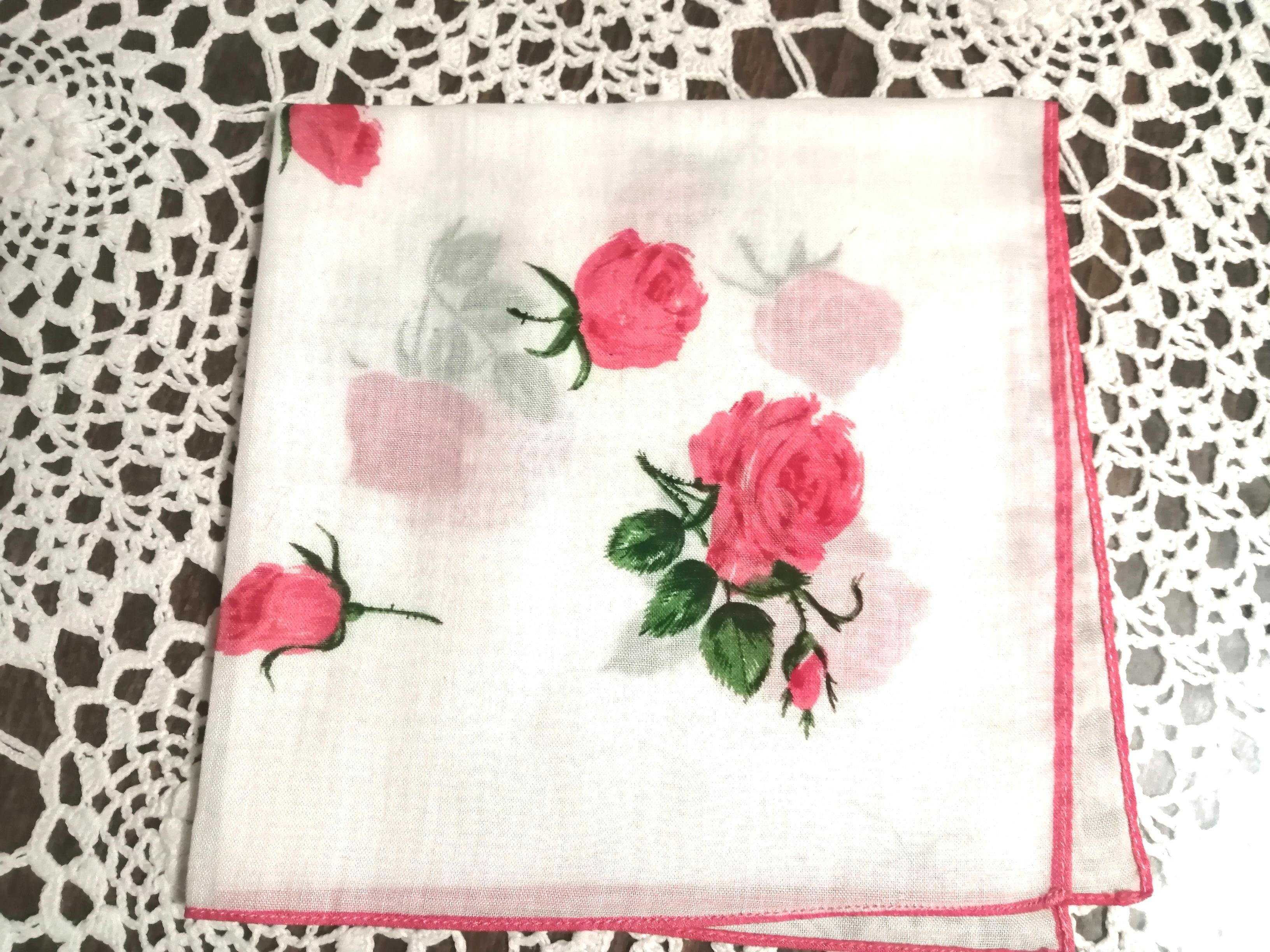 troc de troc réservé/ce.: mouchoir À roses image 0