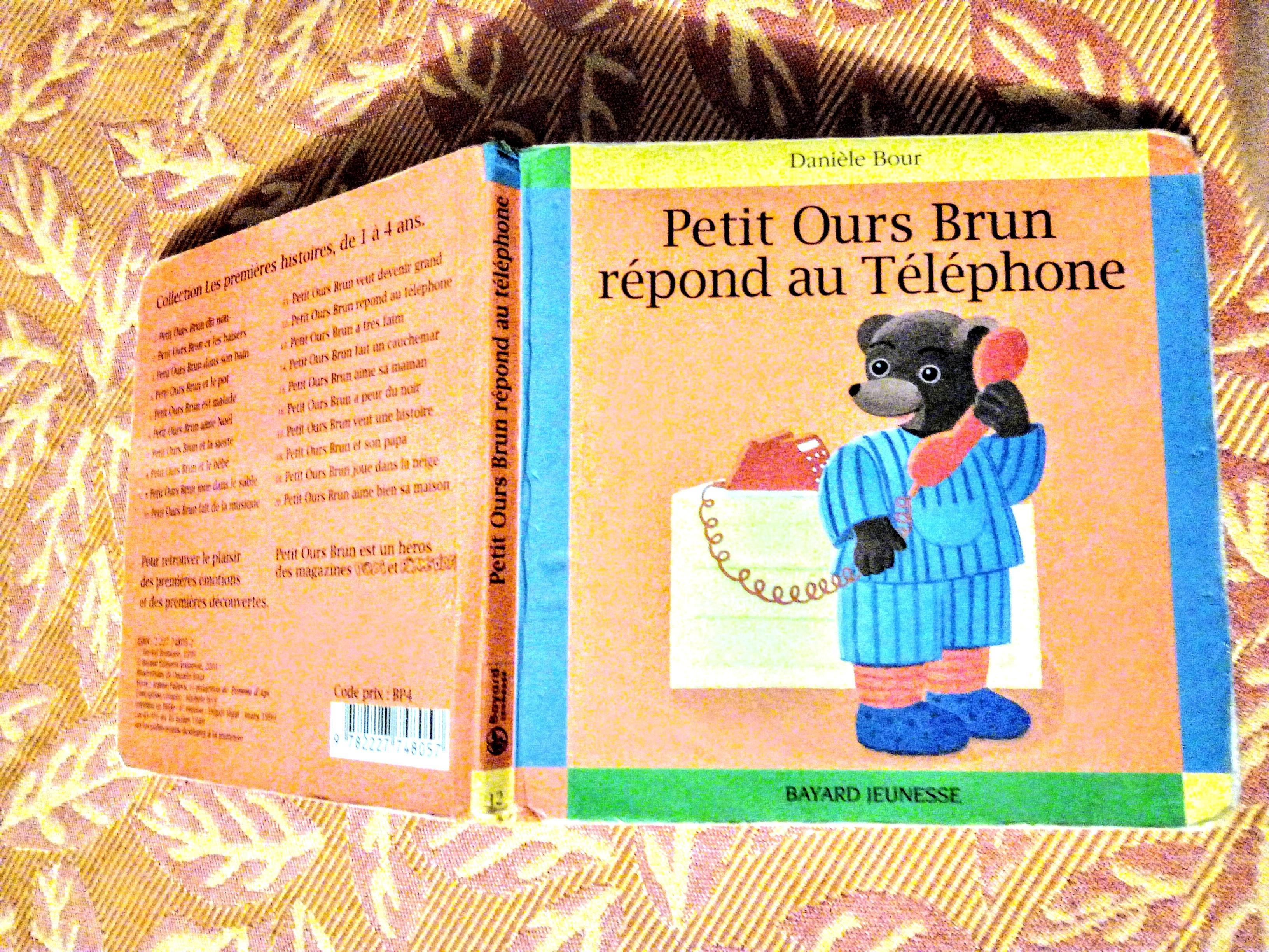troc de troc petit ours brun rÉpond au tÉlÉphone image 0