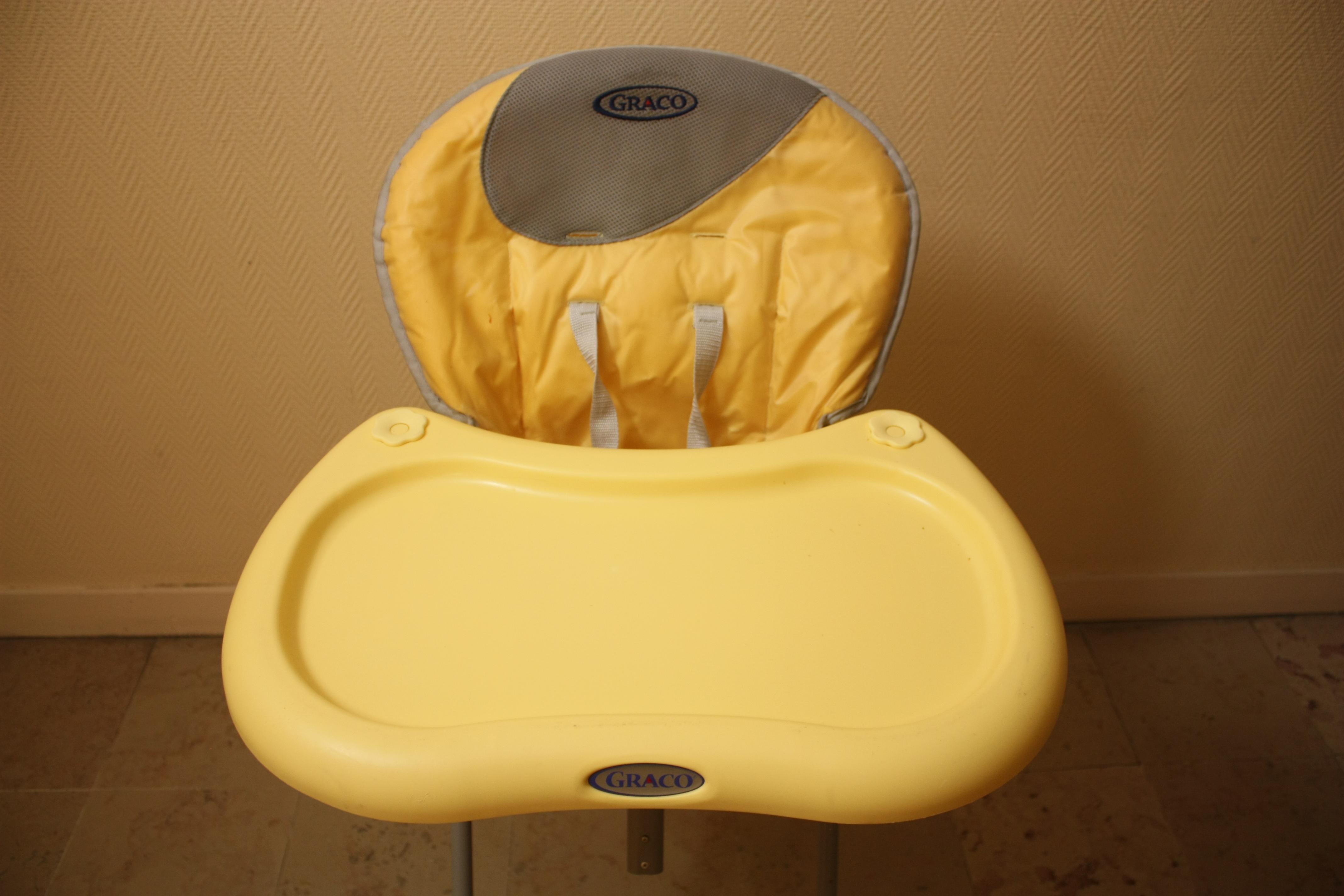 troc de troc chaise haute pliable bébé image 2