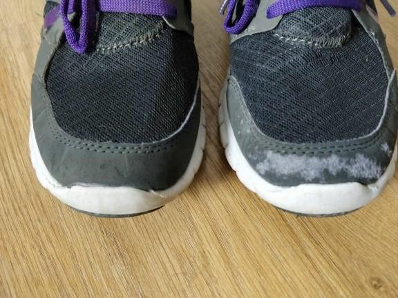 troc de troc baskets noires et violettes image 1