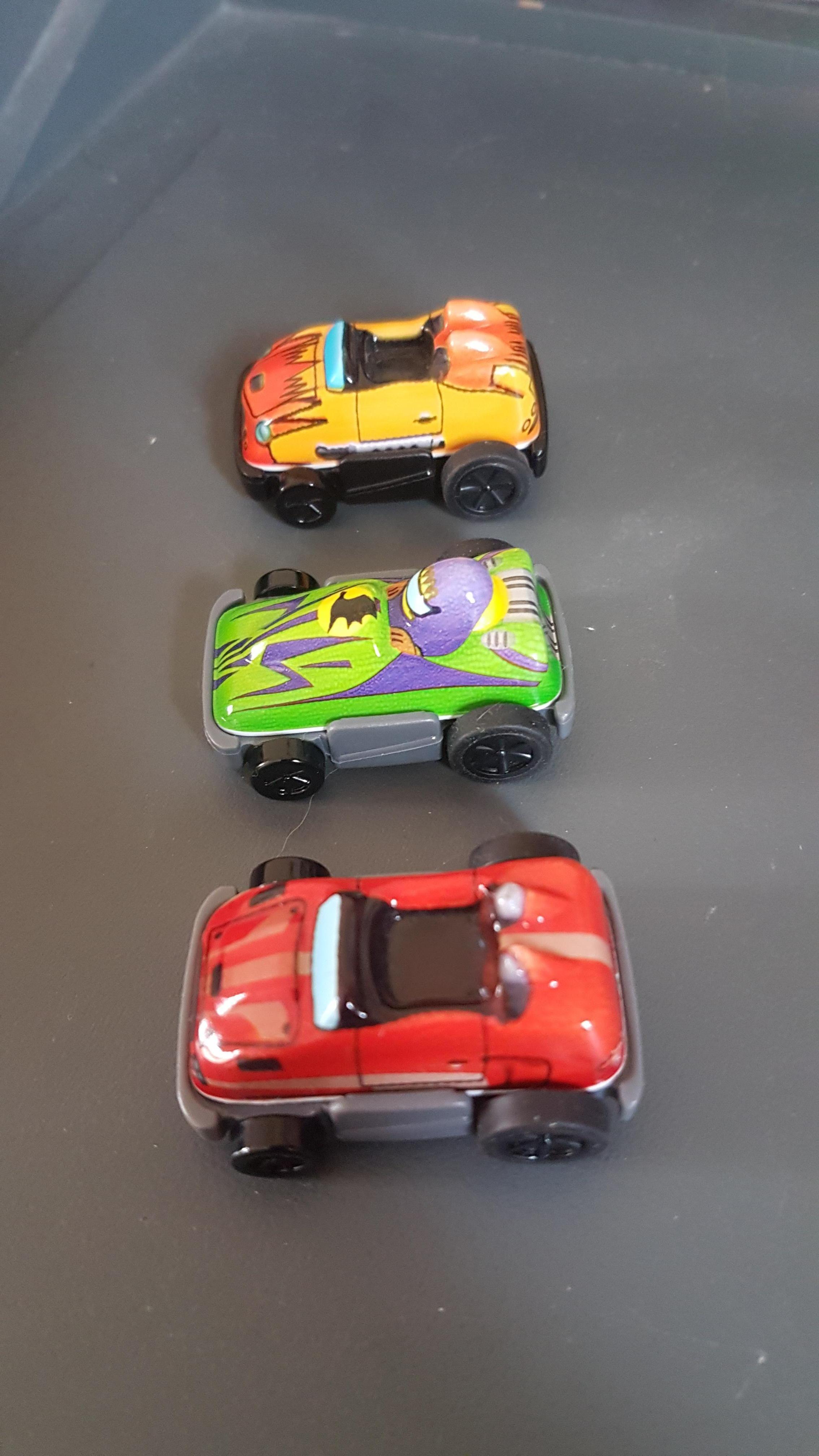 troc de troc reserve 3 voitures kinder image 0