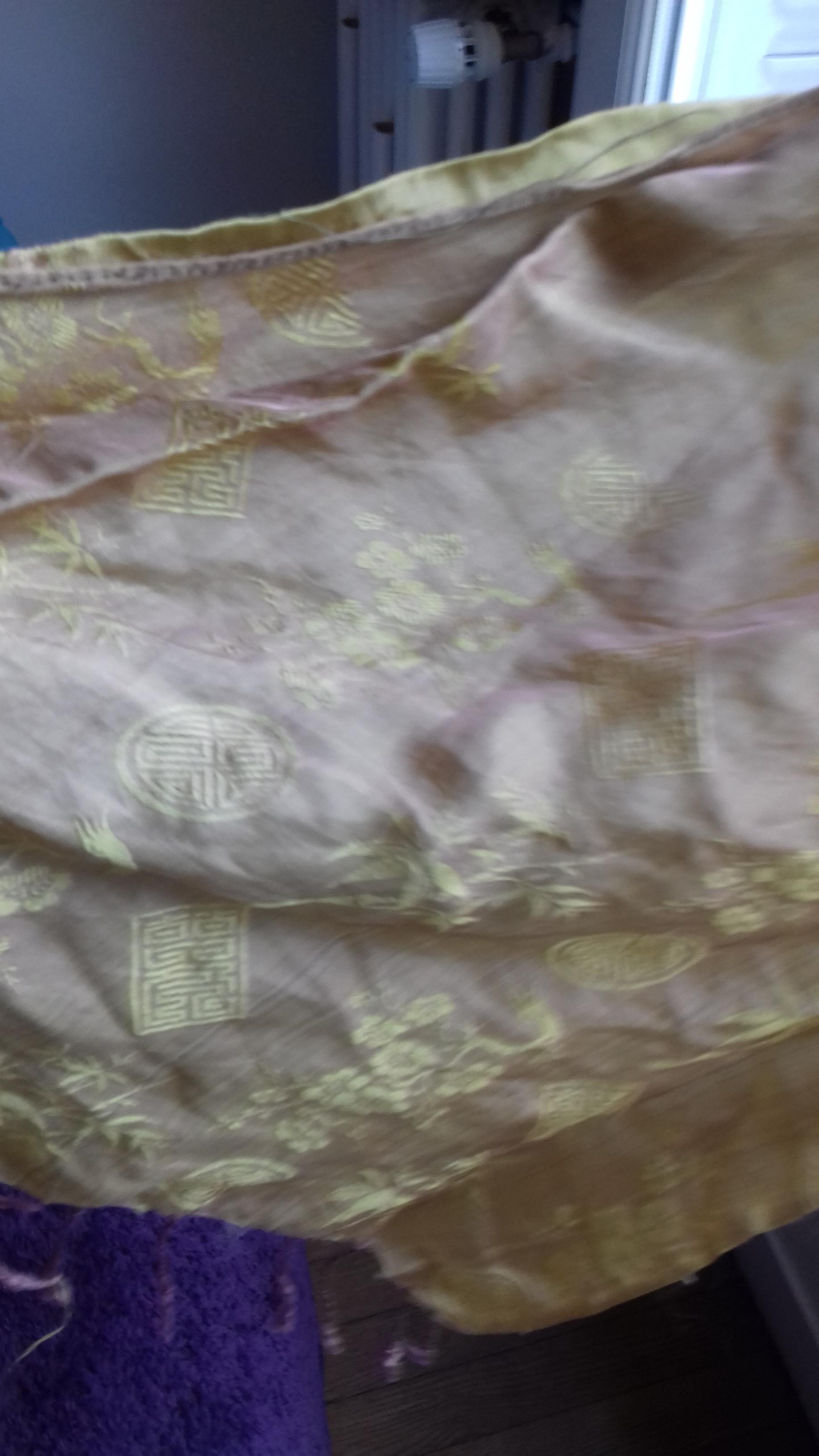 troc de troc foulard doré image 1