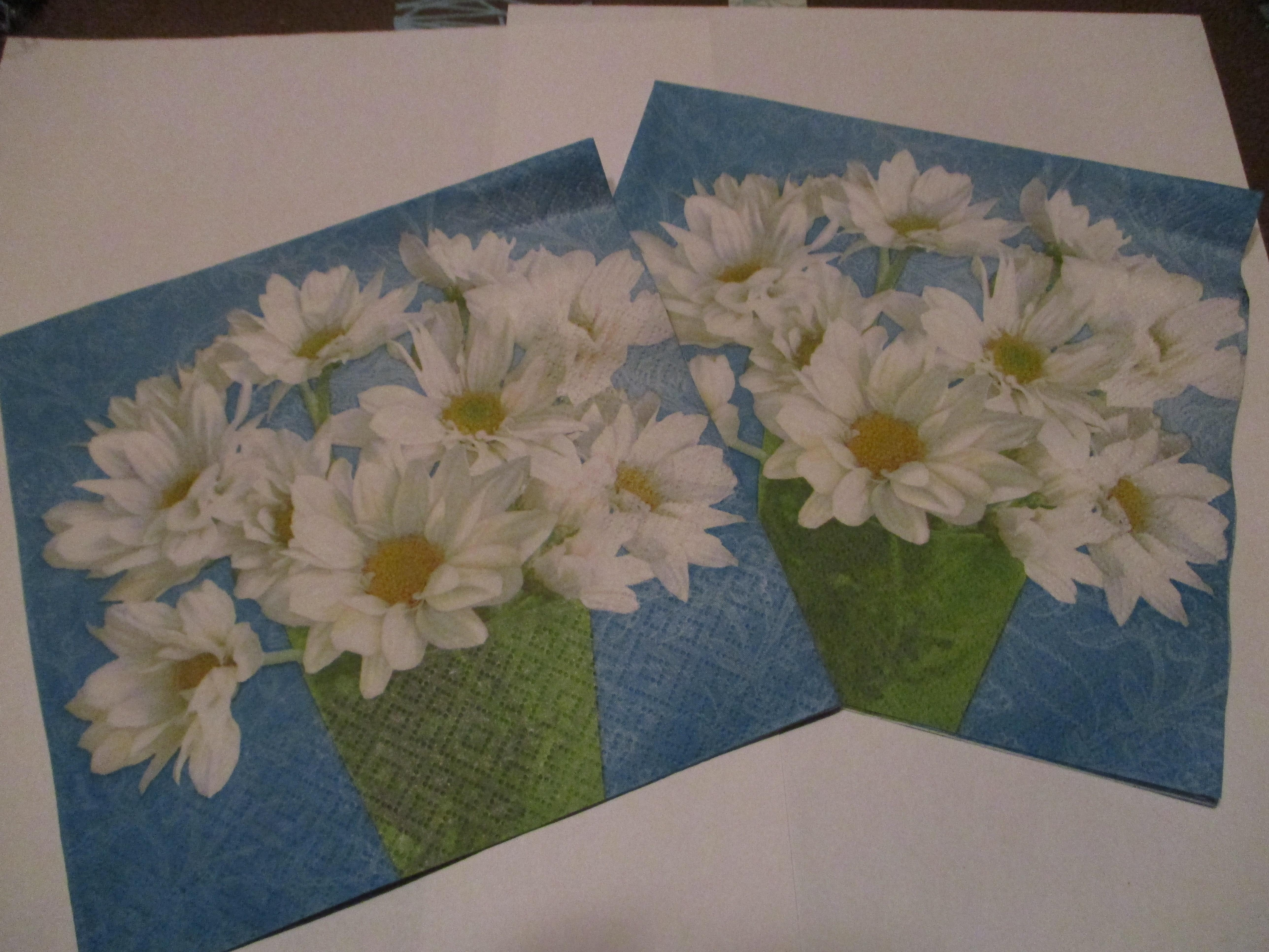 troc de troc 2 serviettes en papier marguerite image 0