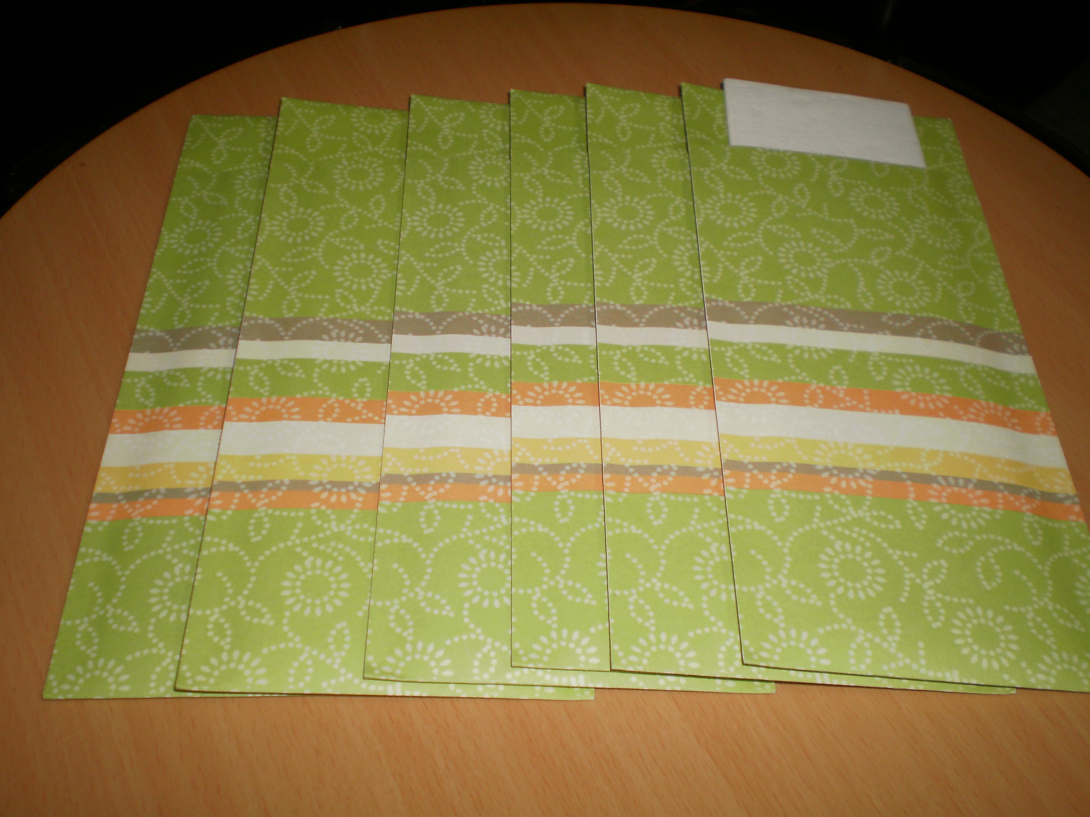 troc de troc lot 6 pochettes à couverts neufs avec serviette image 1