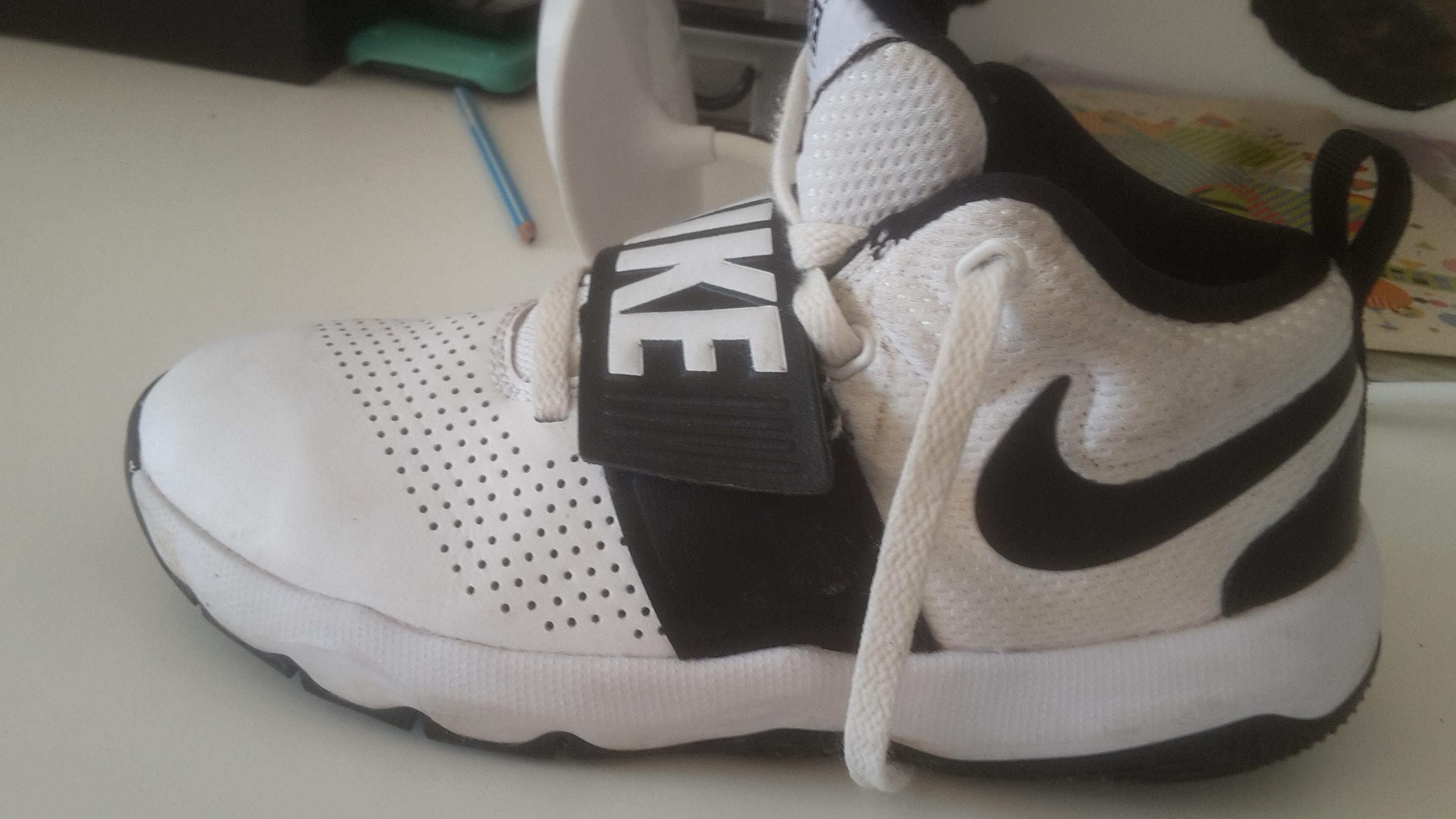 troc de troc chaussures nike image 1
